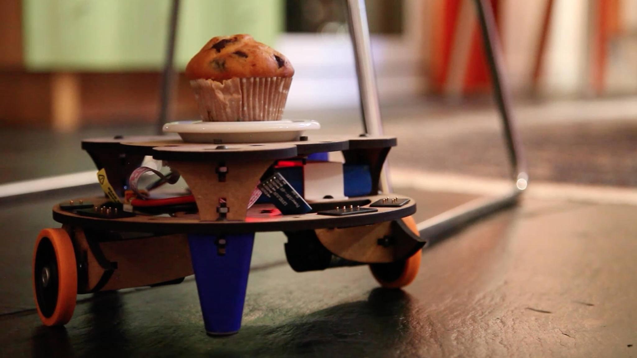 Man kann den Roboter auch als automatischen Servierwagen für Muffins verwenden.