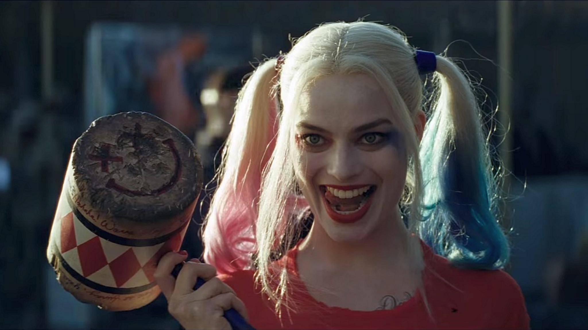 """Harley Quinn hat gut Lachen: Ihr Film """"Suicide Squad"""" darf sich mit einem Oscar schmücken."""