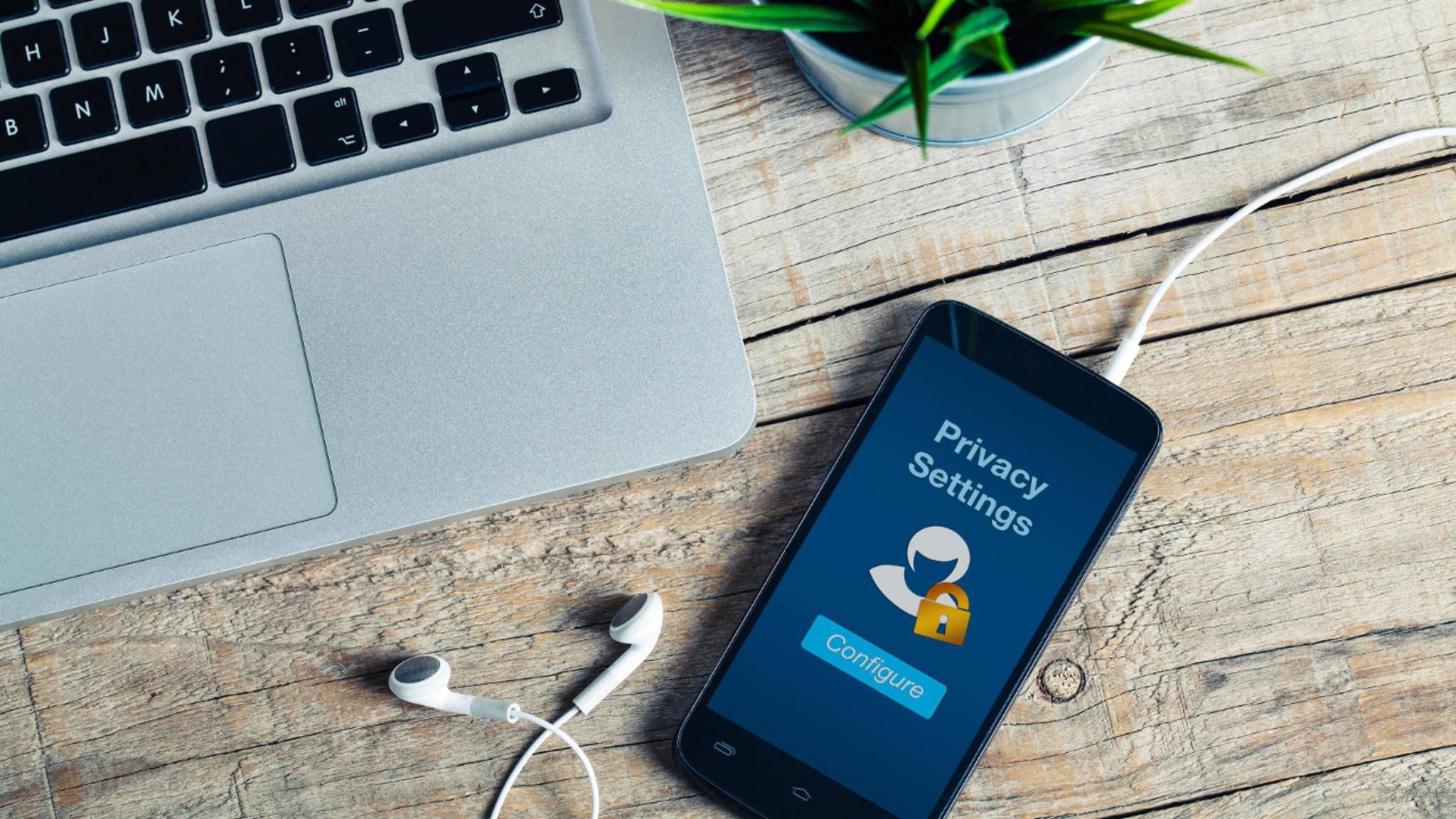 Mit einfachen Tricks schützt Du Dein Android-Smartphone vor Fremdzugriffen.