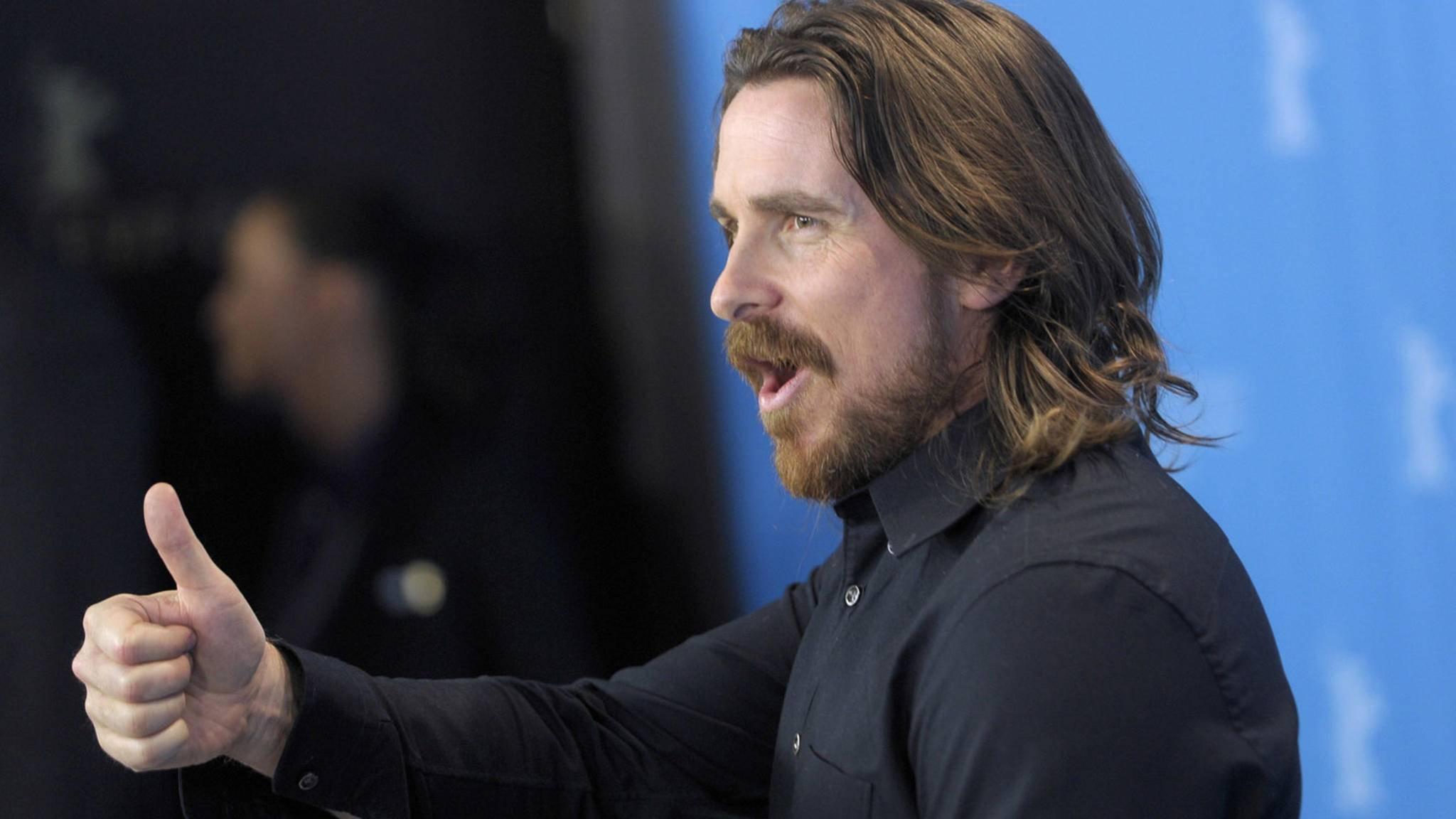 Vom Batmobil in den Rennwagen? Christian Bale könnte schon bald in einem Mangold-Film zu sehen sein.