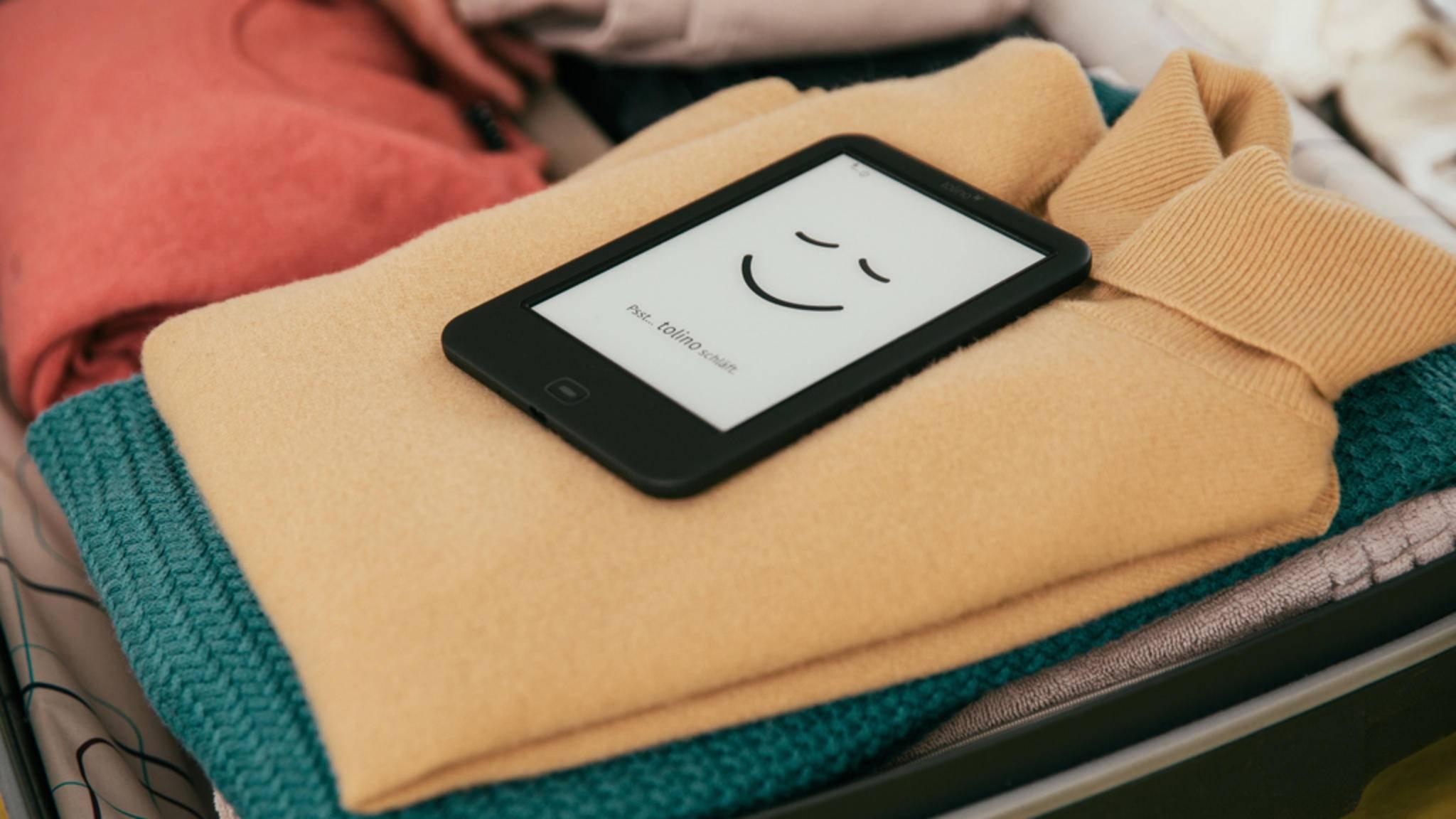 Gadgets zum Zeitvertreib dürfen bei Reisen mit langer Anfahrt oder langem Flug im Gepäck nicht fehlen.