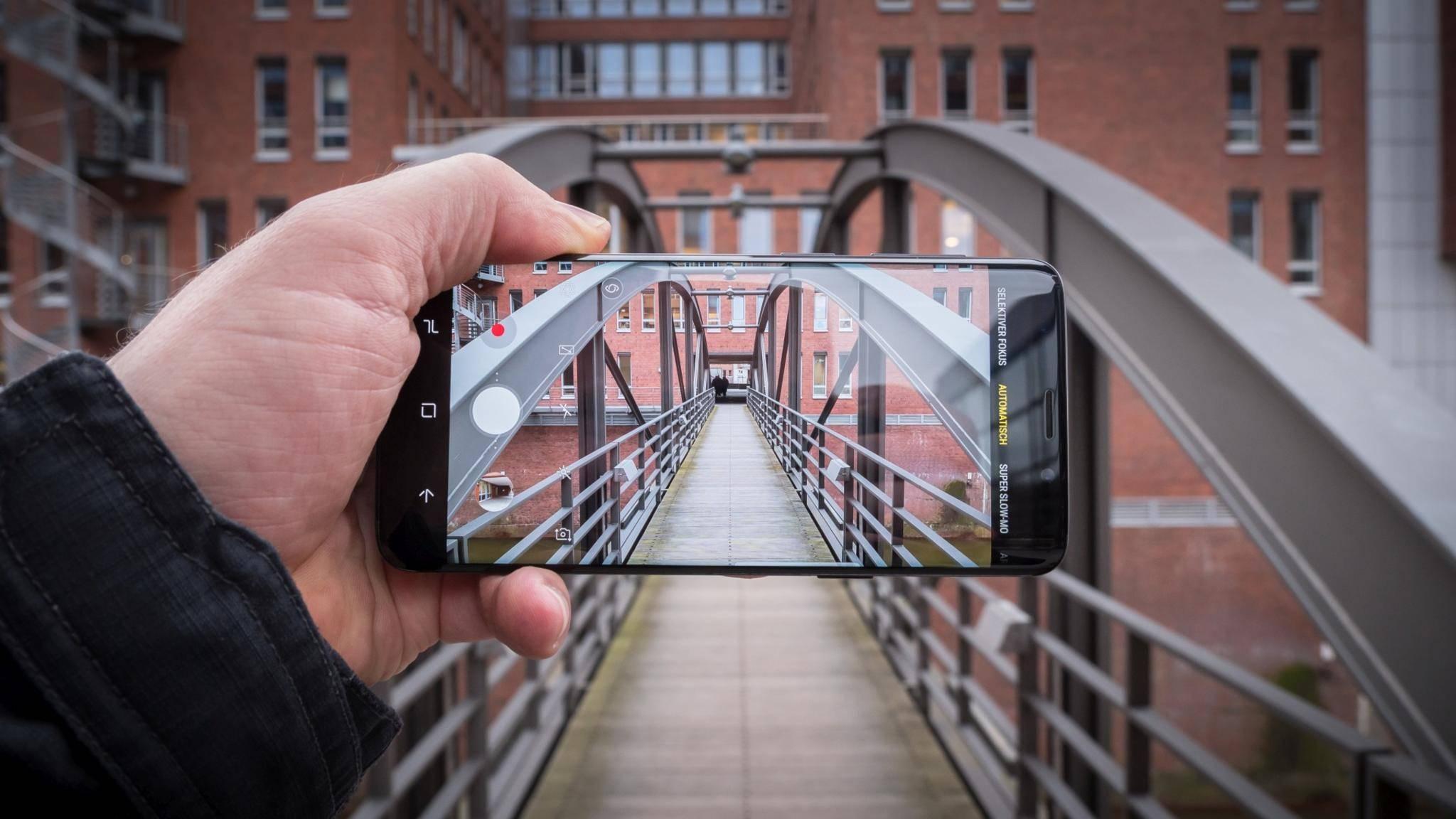 Ist jetzt fit für komplexere Augmented-Reality-Anwendungen: das Galaxy S9.