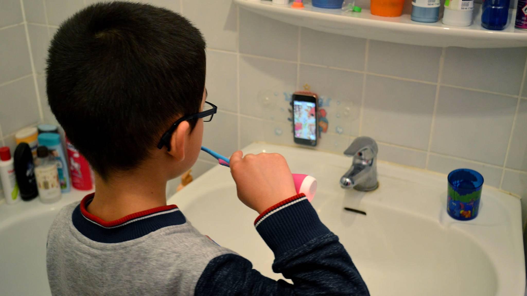 Für mehr Tablet-Sicherheit hält Playbrush auch eine extra Saugnapf-Tasche bereit.