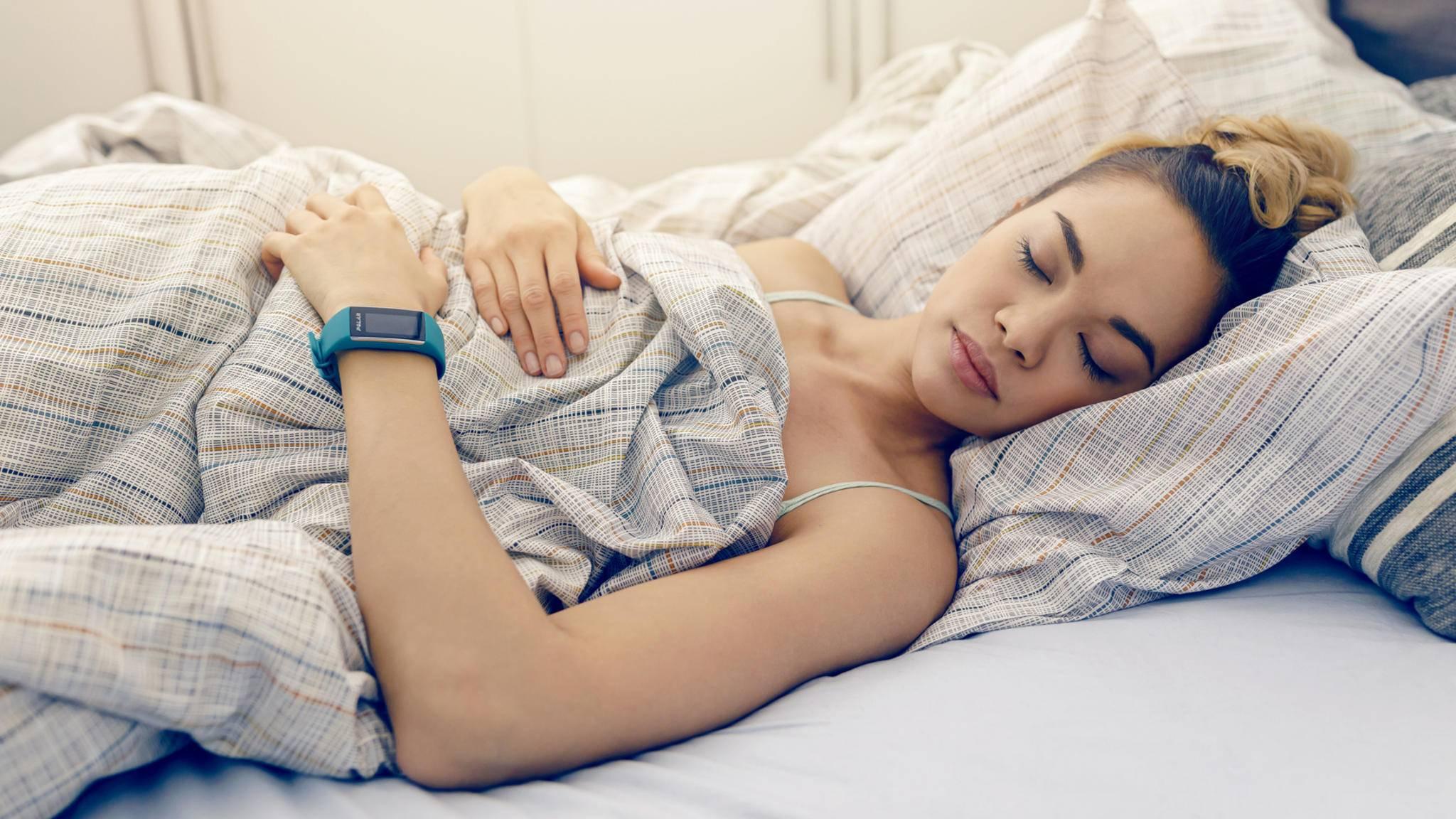 Wie viel Schlaf man bekommt, ist auch geschlechterabhängig.