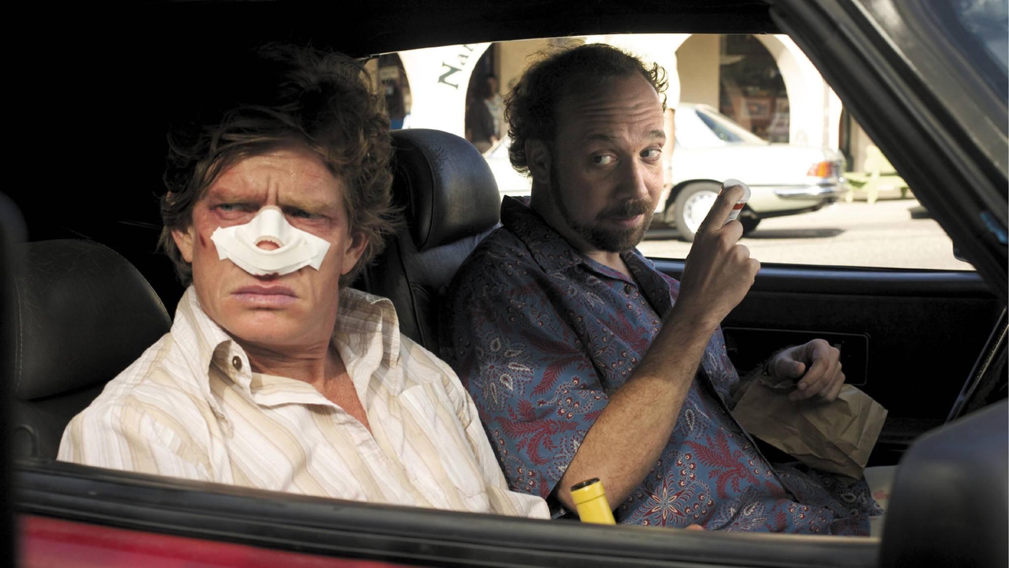"""Roadmovies schweißen die Protagonisten (wie hier in """"Sideways"""") zusammen."""