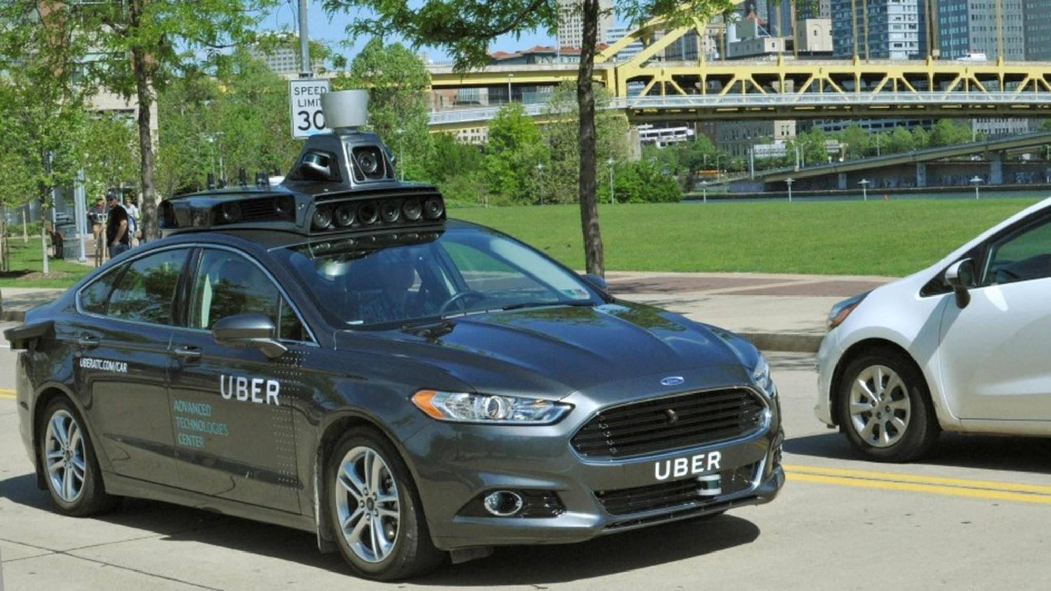Uber testet gerade selbstfahrende Autos in den USA.