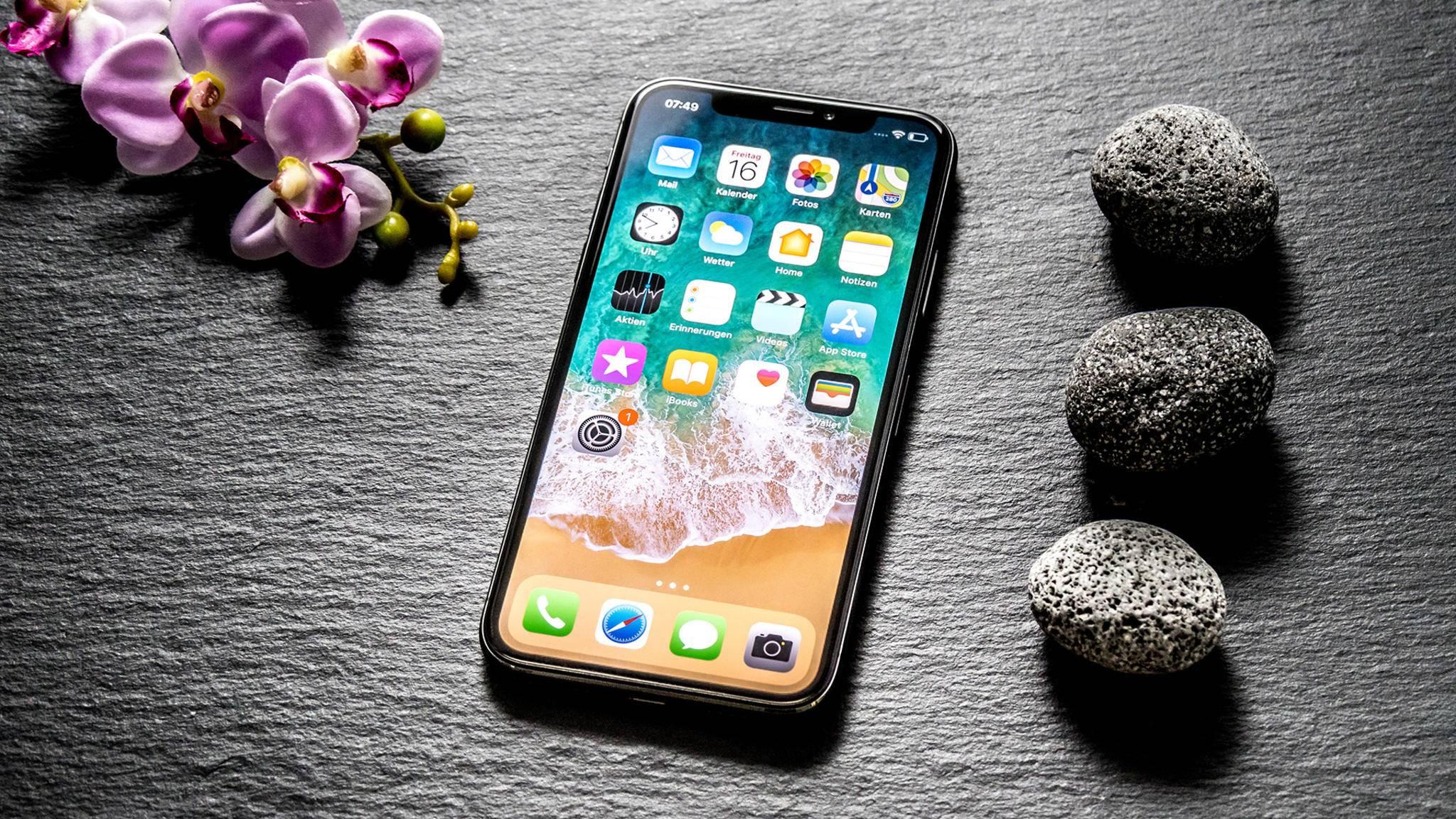 Ein Nachfolger des iPhone X könnte sich zum Tablet falten lassen.
