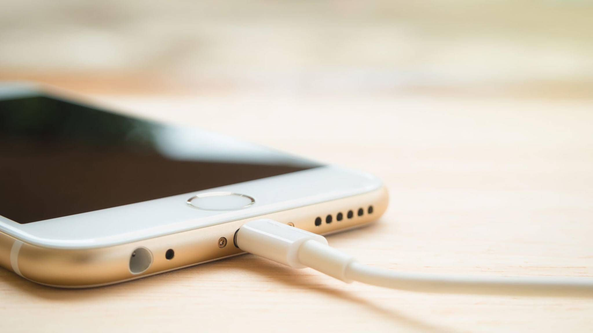 Wird Apple auch das Lightning-Kabel wasserdicht machen?