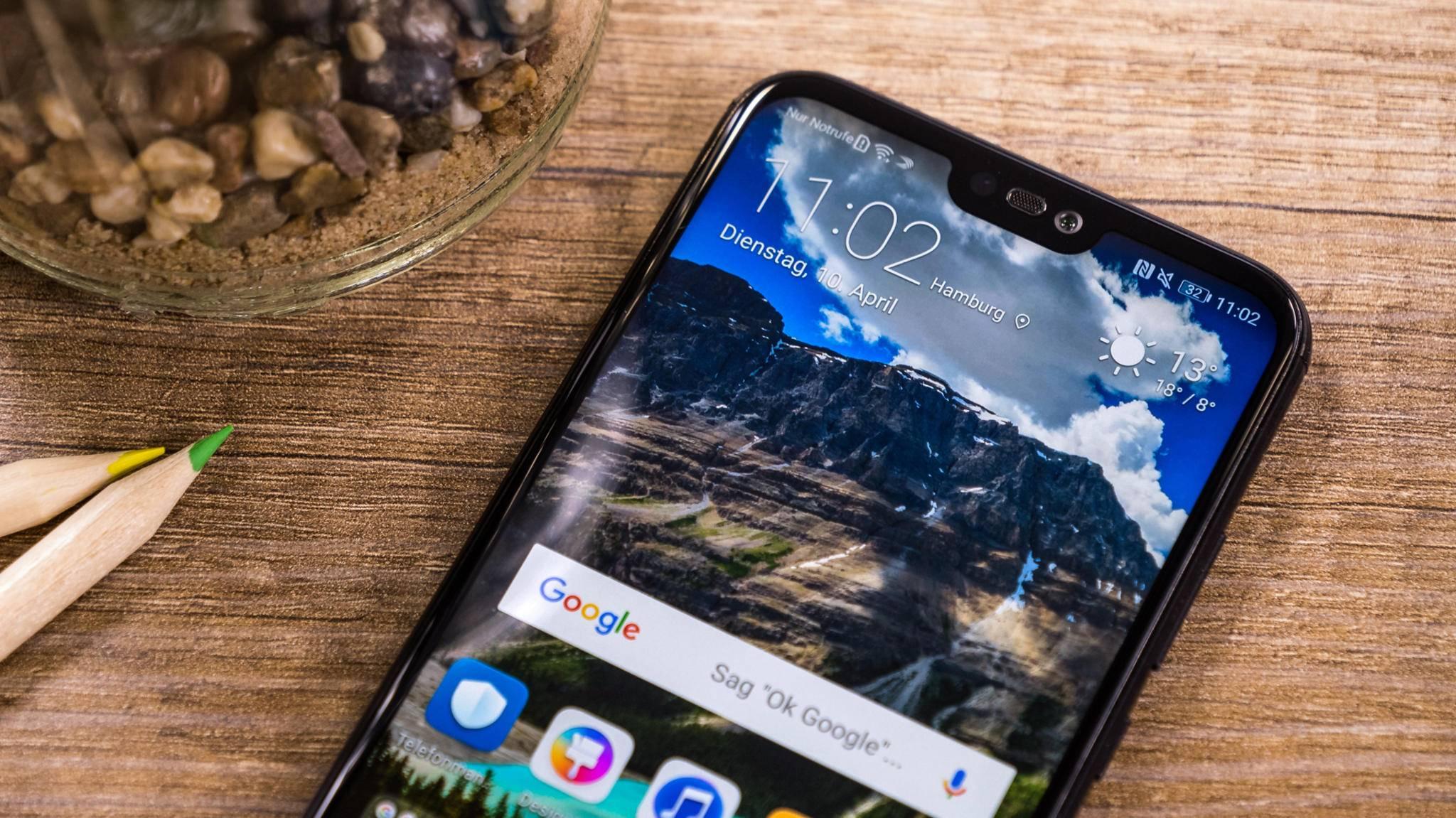 Smartphones wie das Huawei P20 Lite haben längst eine sogenannte Notch.