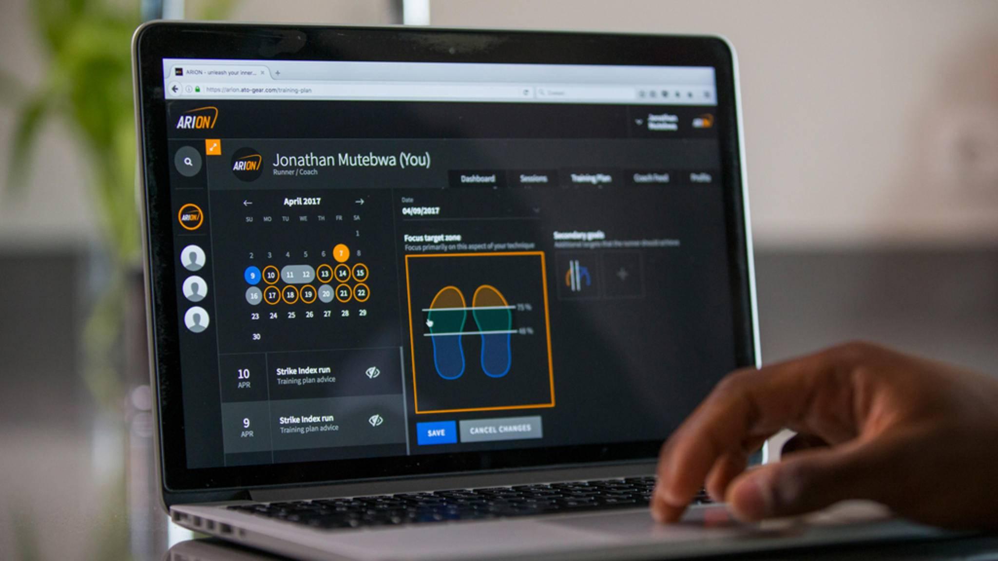 Das Online-Dashboard liefert eine detaillierte Laufanalyse.