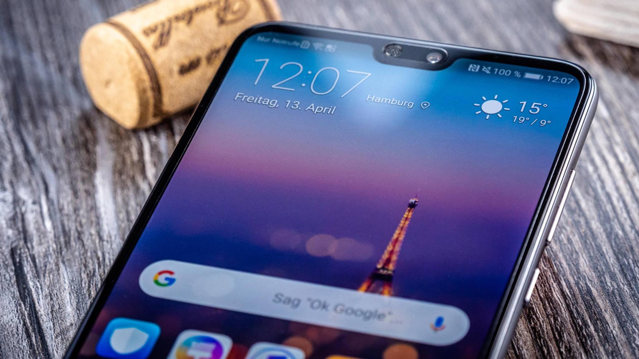 Die Notch im Display des Huawei P20 Pro kannst Du verbergen.
