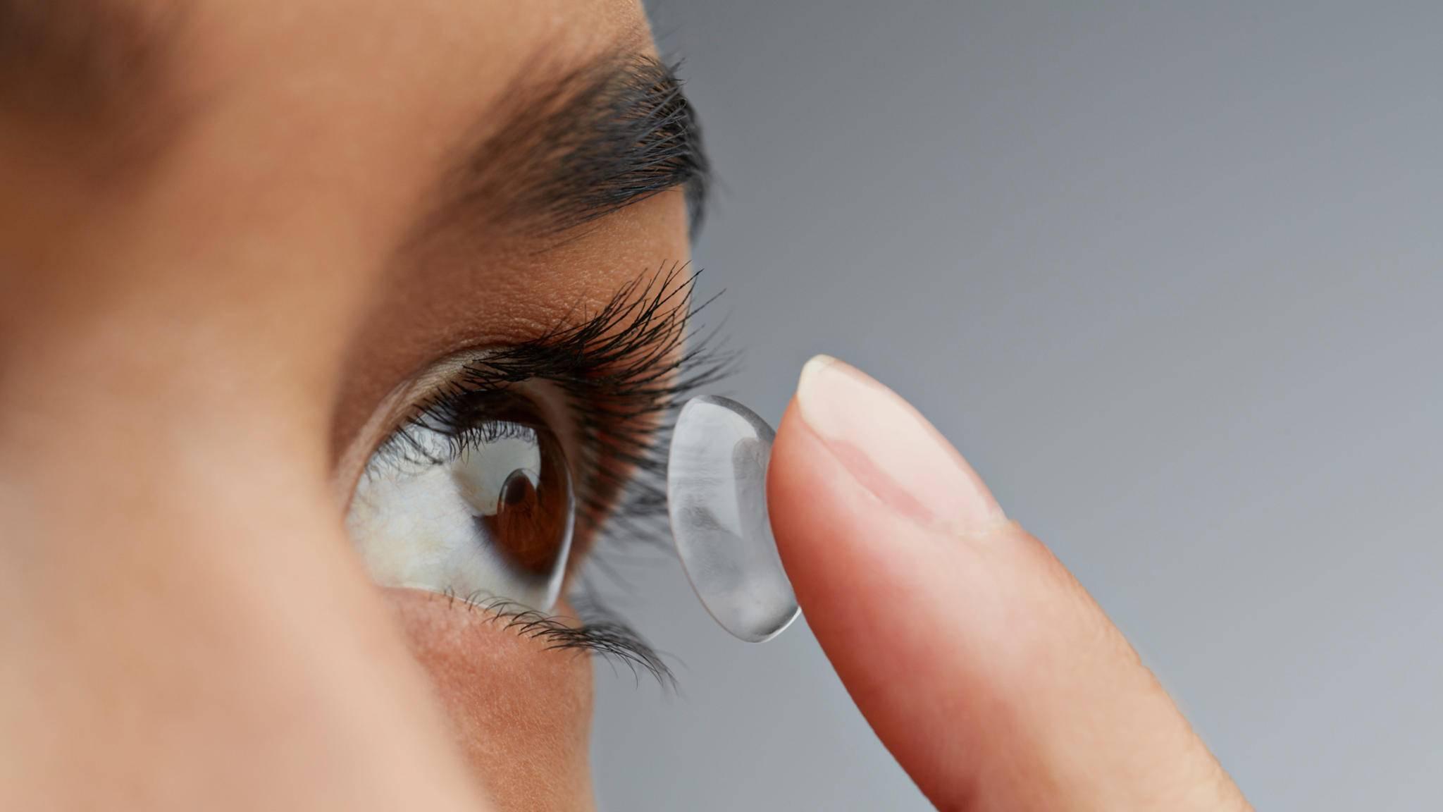 Kontaktlinsen können bald die Augen vor Sonnenlicht schützen.