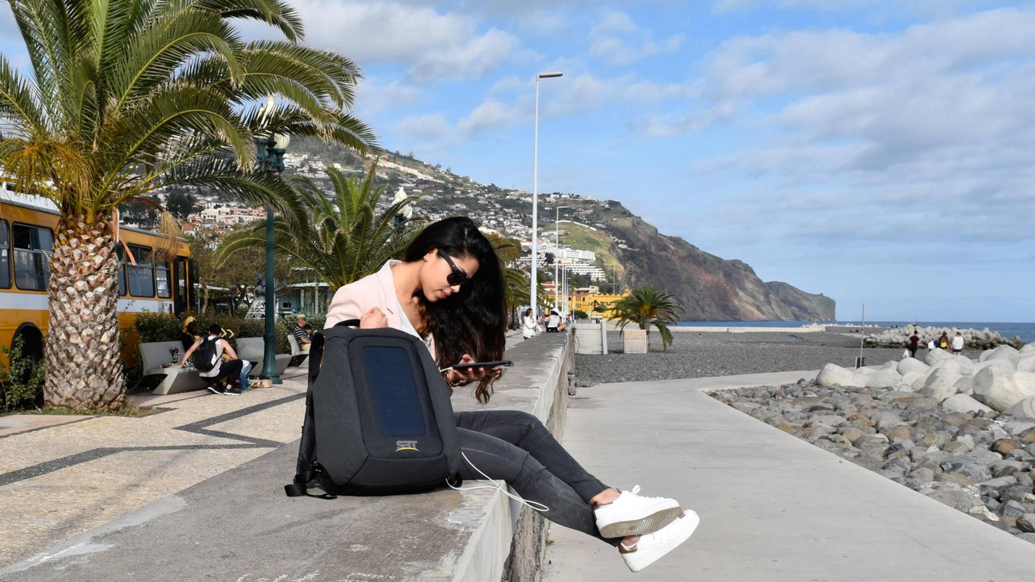 Numi Pack-Smarter Rucksack-Elaha Rafie