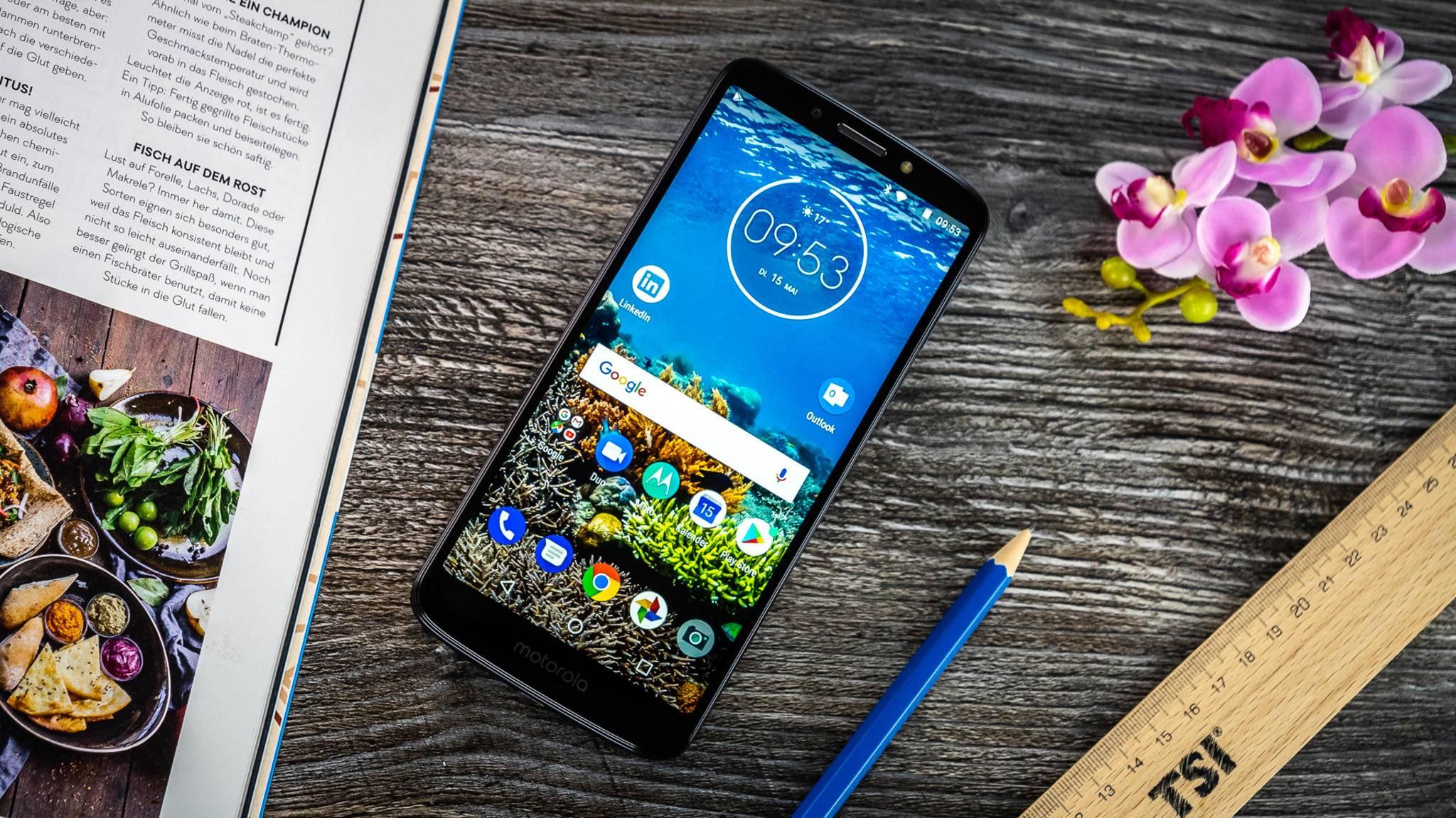 Das Motorola Moto G6 Play setzt auf das längliche 18:9-Format.