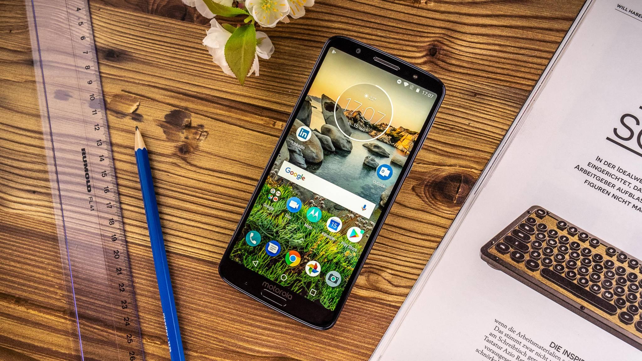 Das Moto G6 Plus bietet ein großes Display und eine gute Performance.