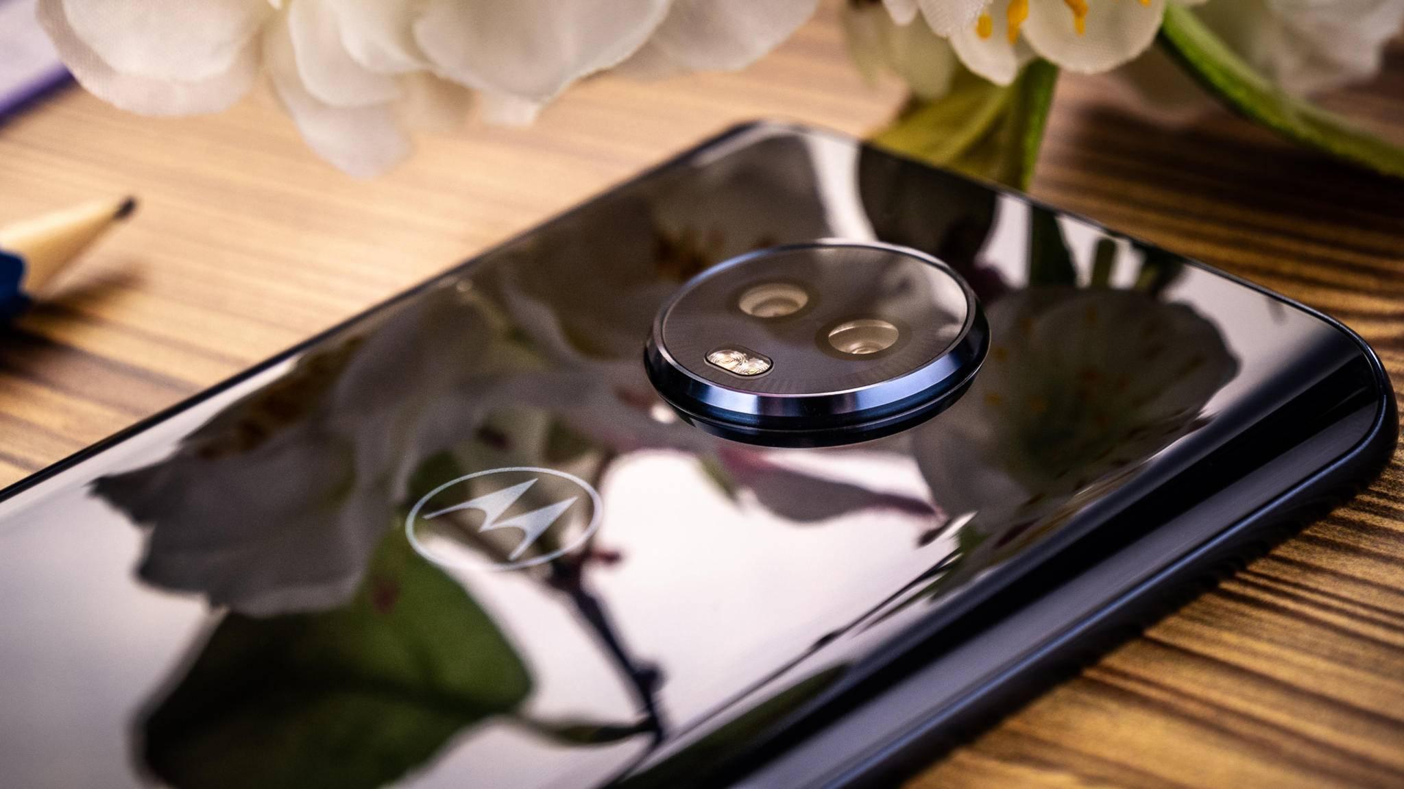 Das Motorola Moto G6 Plus ist in einem Leak mit einer Wassertropfen-Notch aufgetaucht (hier das normale Modell).