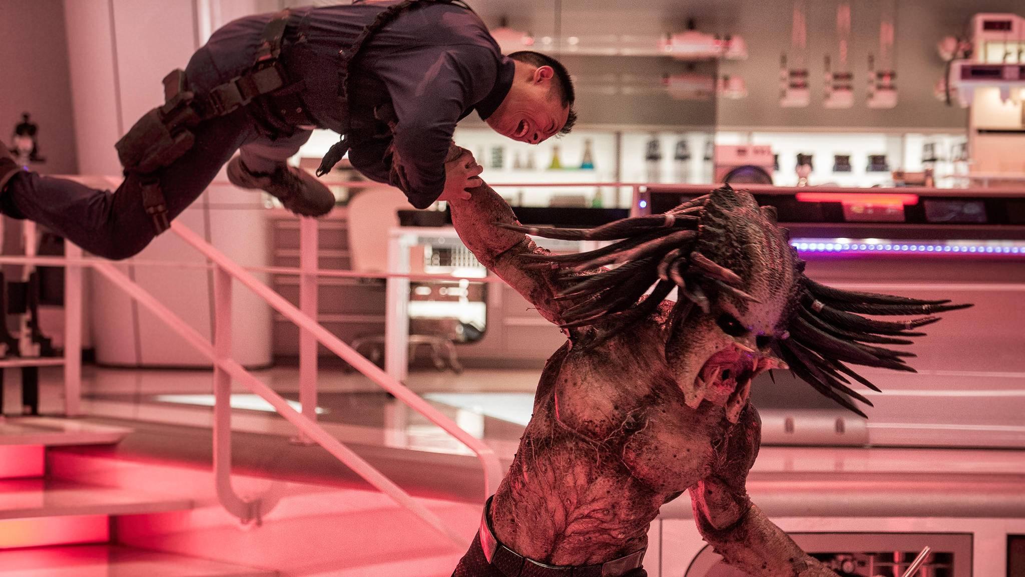 """""""Predator: Upgrade"""" überwältigt zum Kinostart seine (Film-)Gegner."""