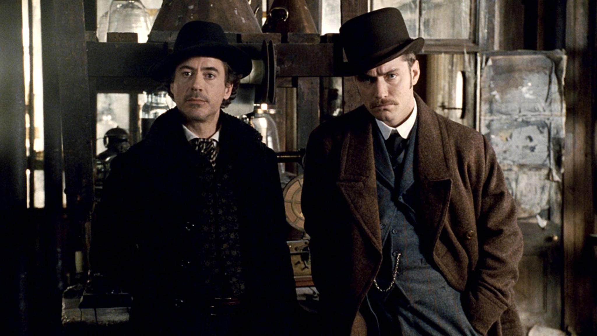 Noch nicht im Ruhestand: Sherlock Holmes (Robert Downey Jr.) und Dr. Watson (Jude Law) bereiten sich auf ihren neuesten Fall vor.