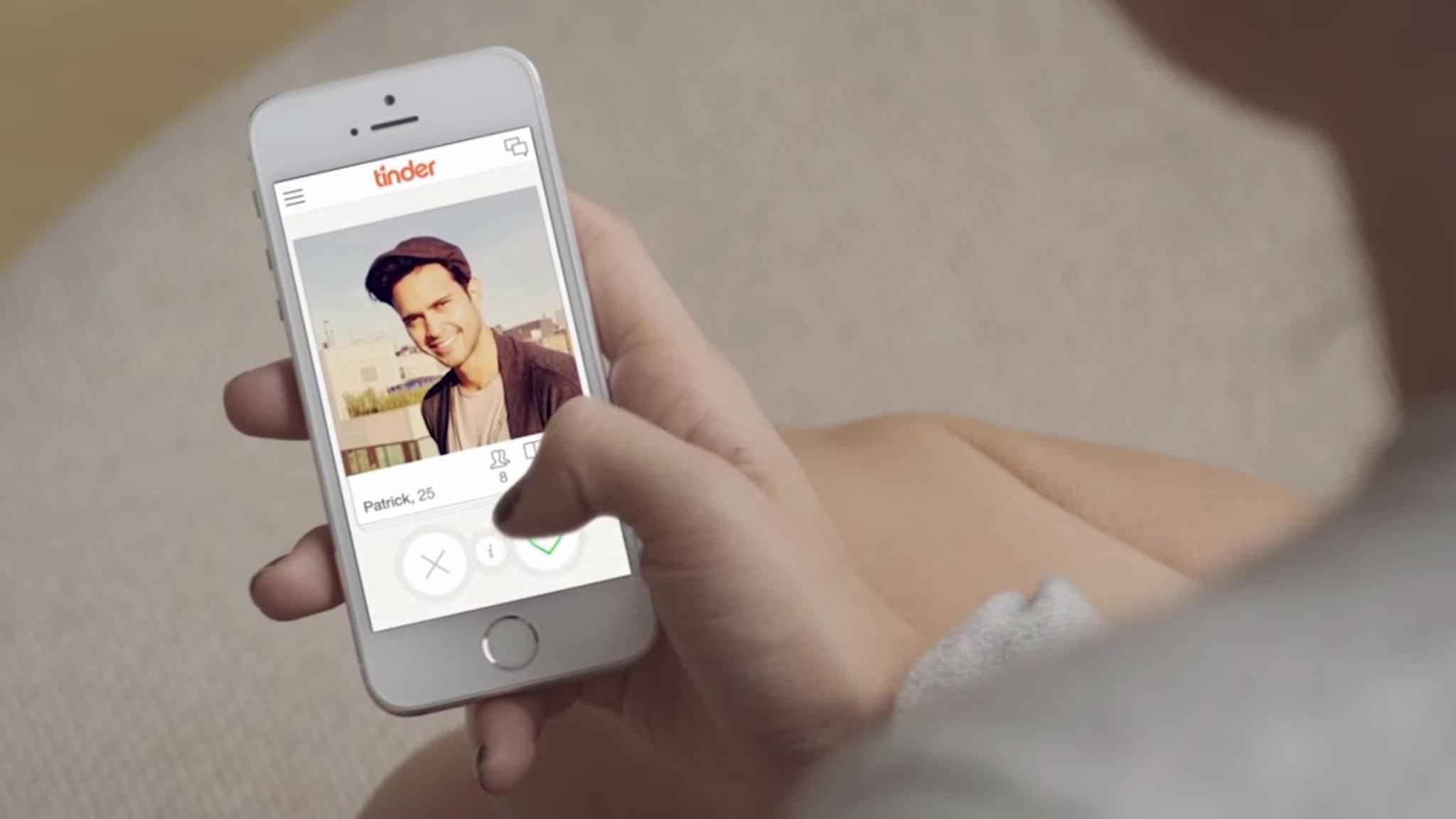 Die Dating-App Tinder ist ein Hafen für Liebesuchende.