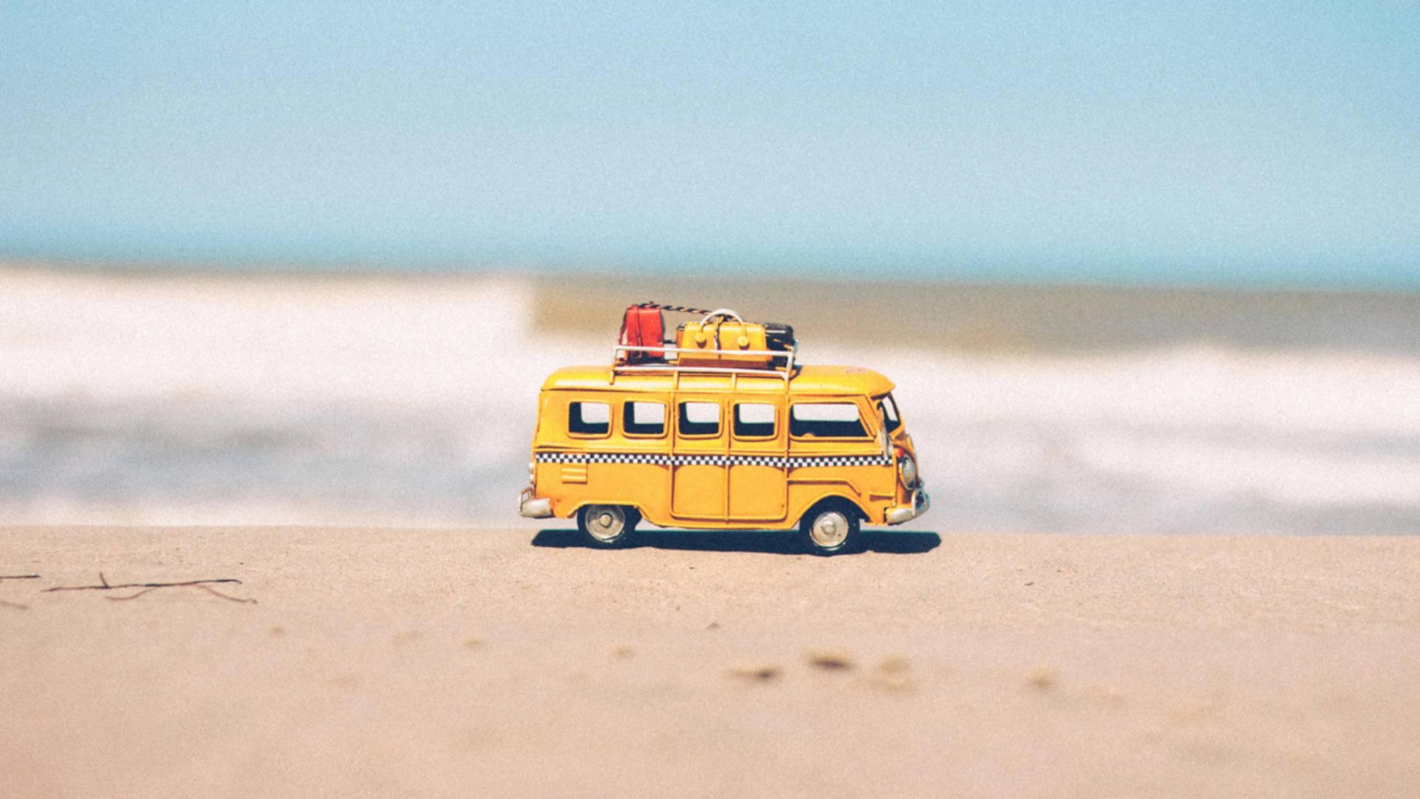 Lust auf Sommer und Urlaub? Teile diesen Wunsch mit Deinen Freunden bei WhatsApp!
