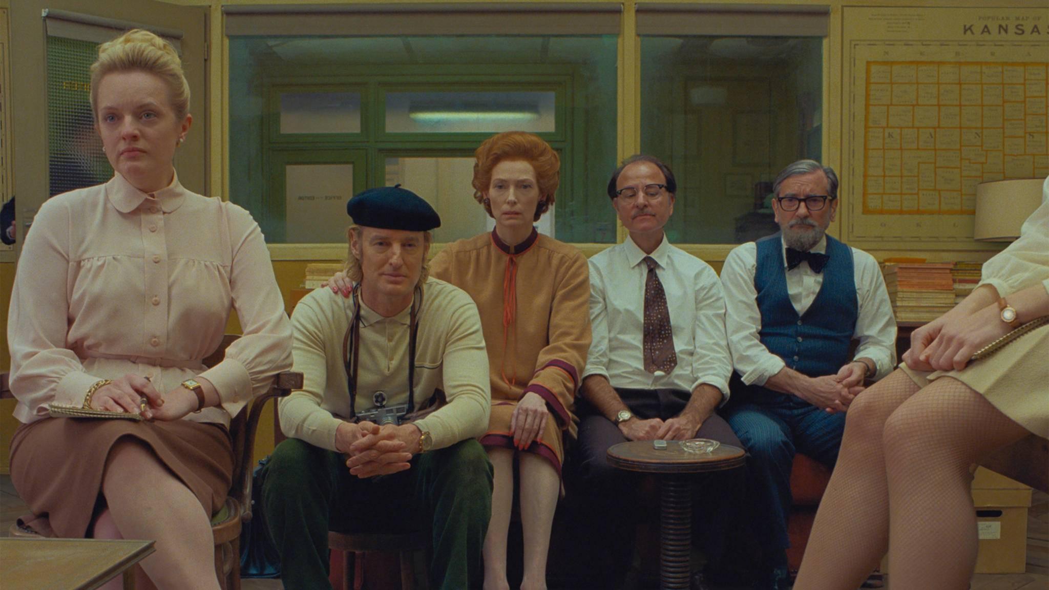 the french dispatch Elisabeth Moss, Owen Wilson, Tilda Swinton, Fisher Stevens, Griffin Dunne