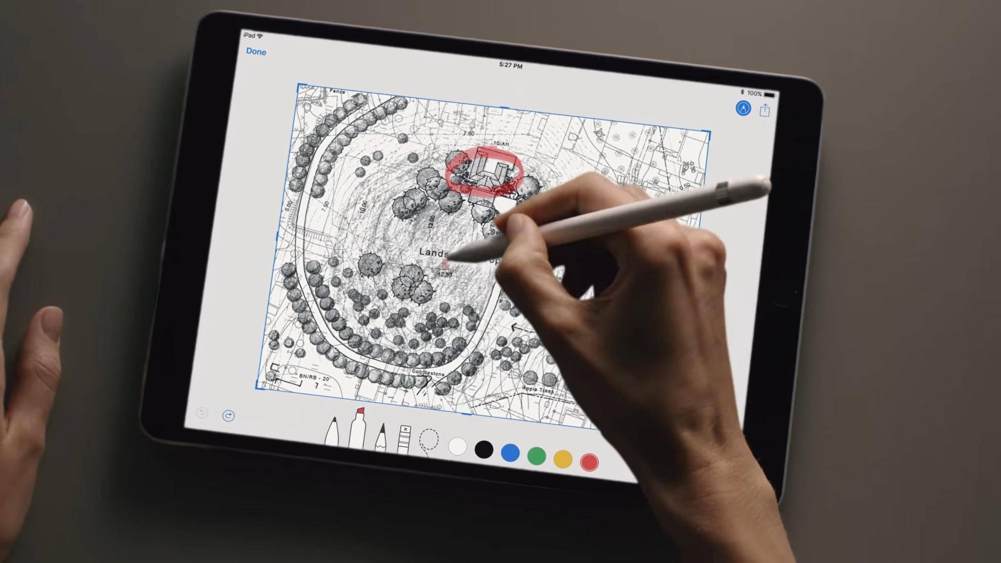 Die iPad Pro 10.5 bietet eine ebenso hohe Leistung wie das größere iPad Pro 12.9.
