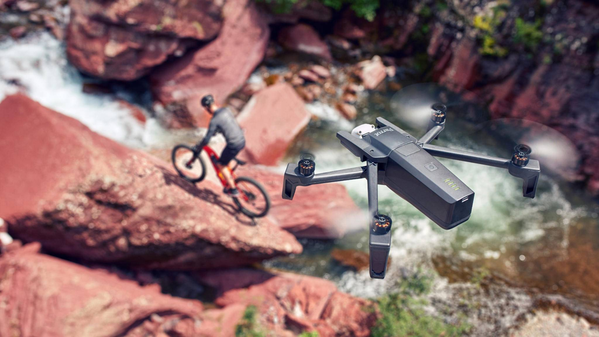 Parrot hat eine neue 4K-Drohne mit zweifachem verlustfreien Zoom vorgestellt.