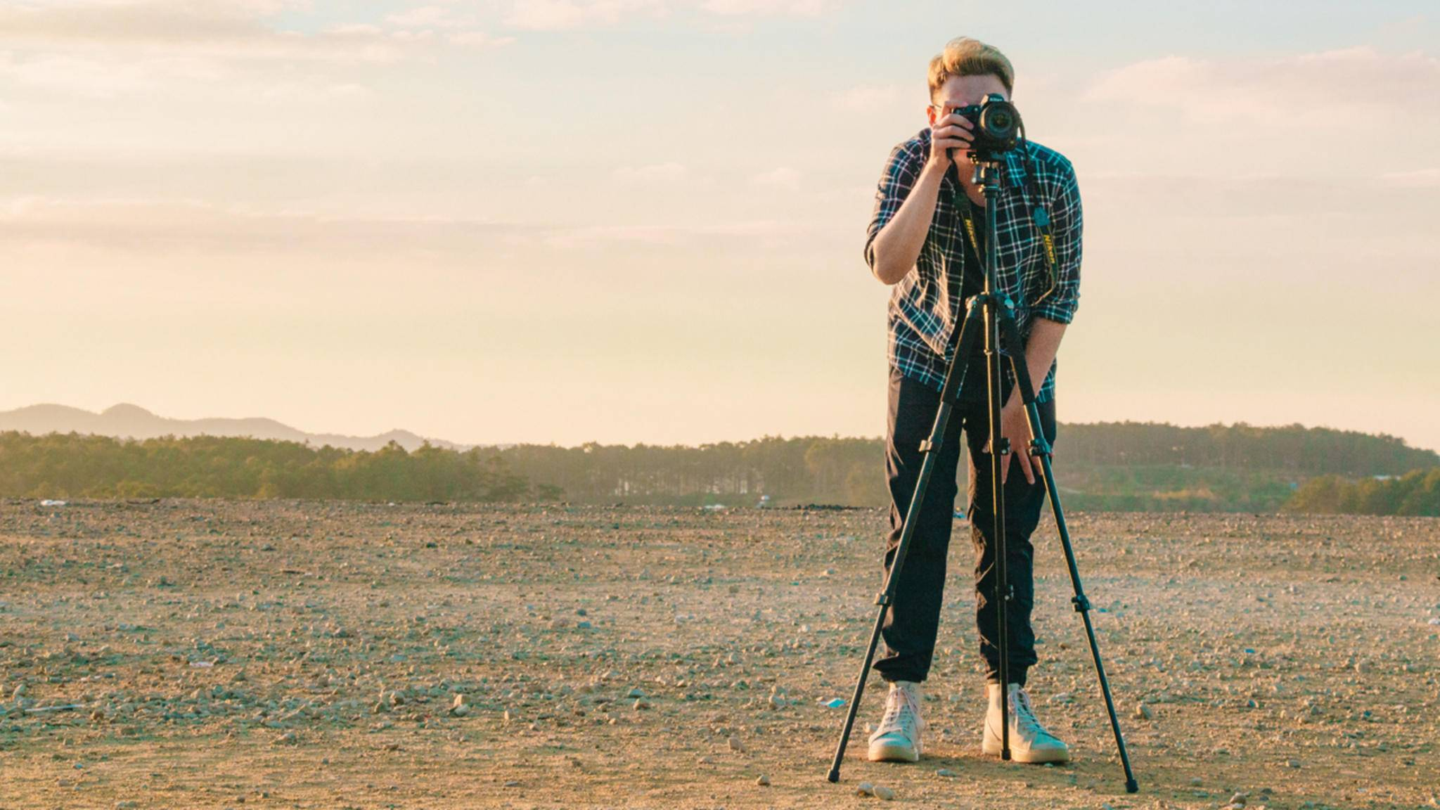 Ein gutes Stativ gehört zur Standardausrüstung eines Fotografen.