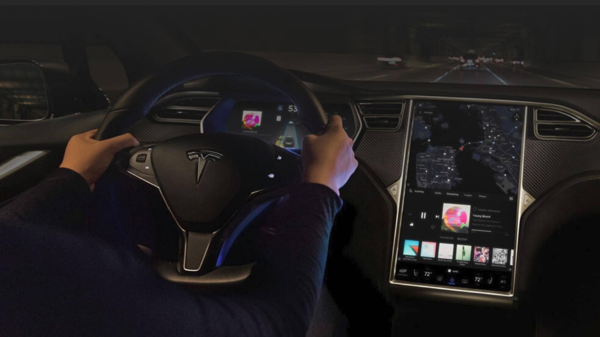 Dank Autopilot-Update können Tesla-Fahrzeuge bald auf den Fahrer verzichten.