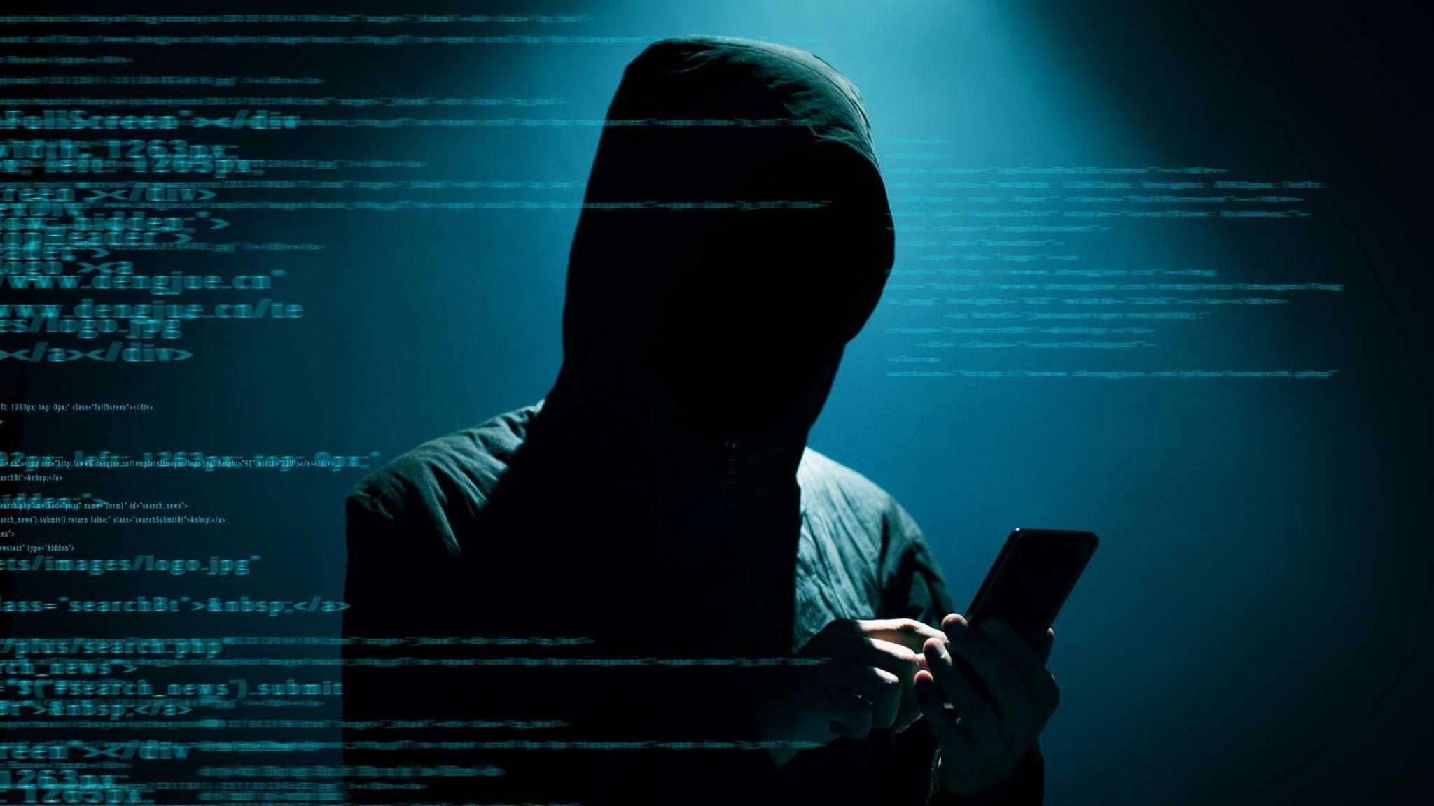 Mit verschiedenen Methoden lässt sich herausfinden, ob sich Jemand in Dein WLAN gehackt hat.