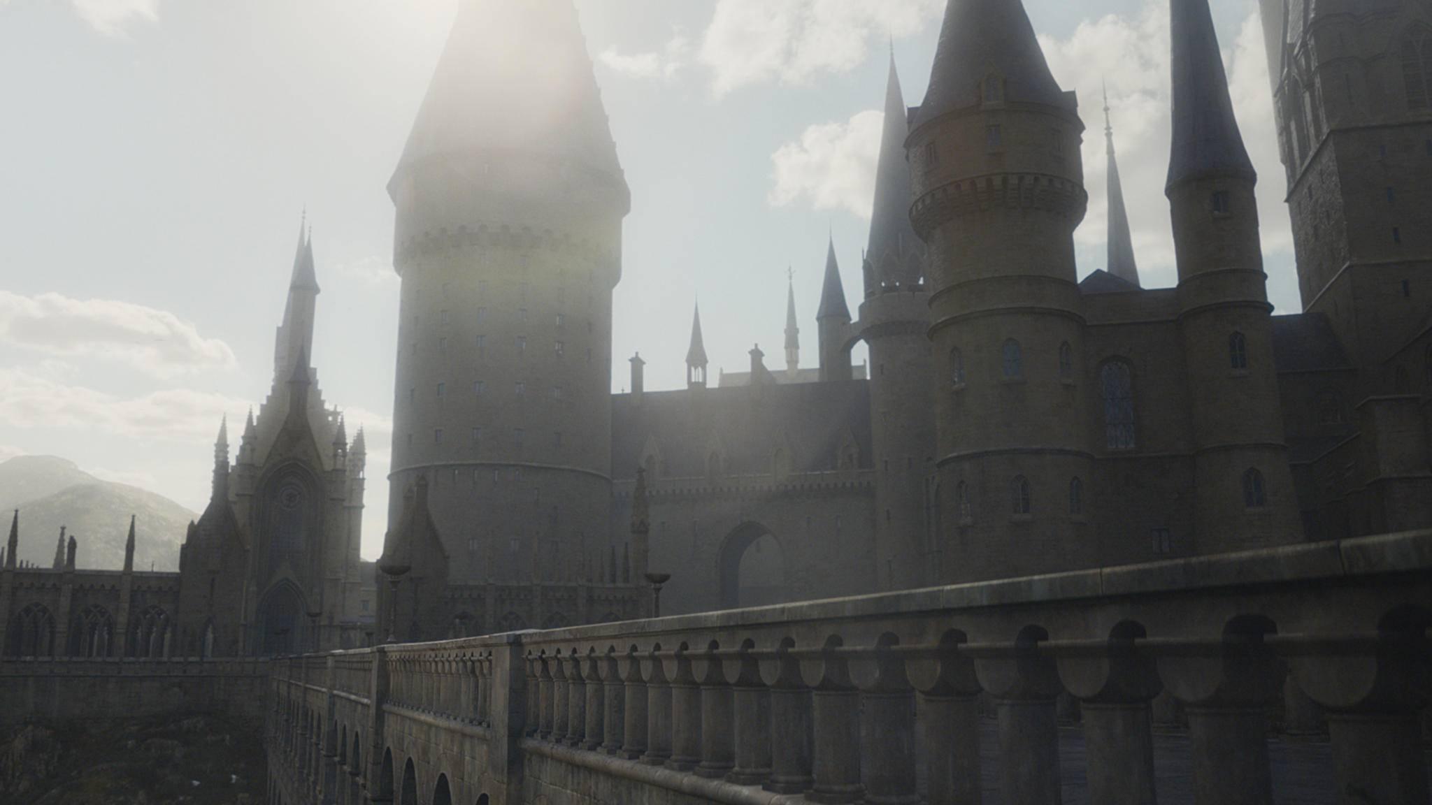 Immer noch keinen Brief von der Schule der Hexerei und Zauberei bekommen? Dann plünder jetzt Dein Gringotts-Verlies und bau Dir Dein eigenes Hogwarts!