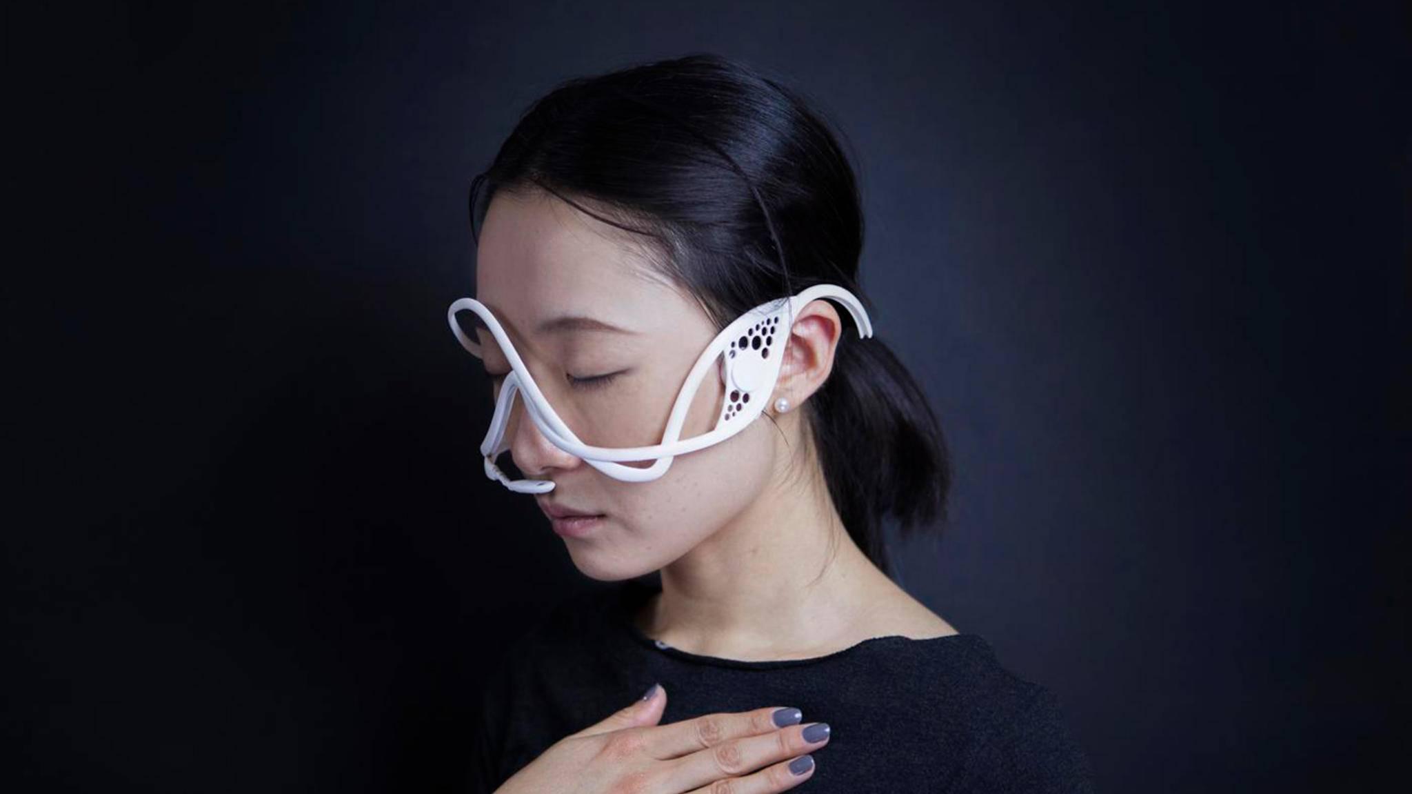 Masque ist ein Wearable, das die seinen Träger unbewusst steuern kann.