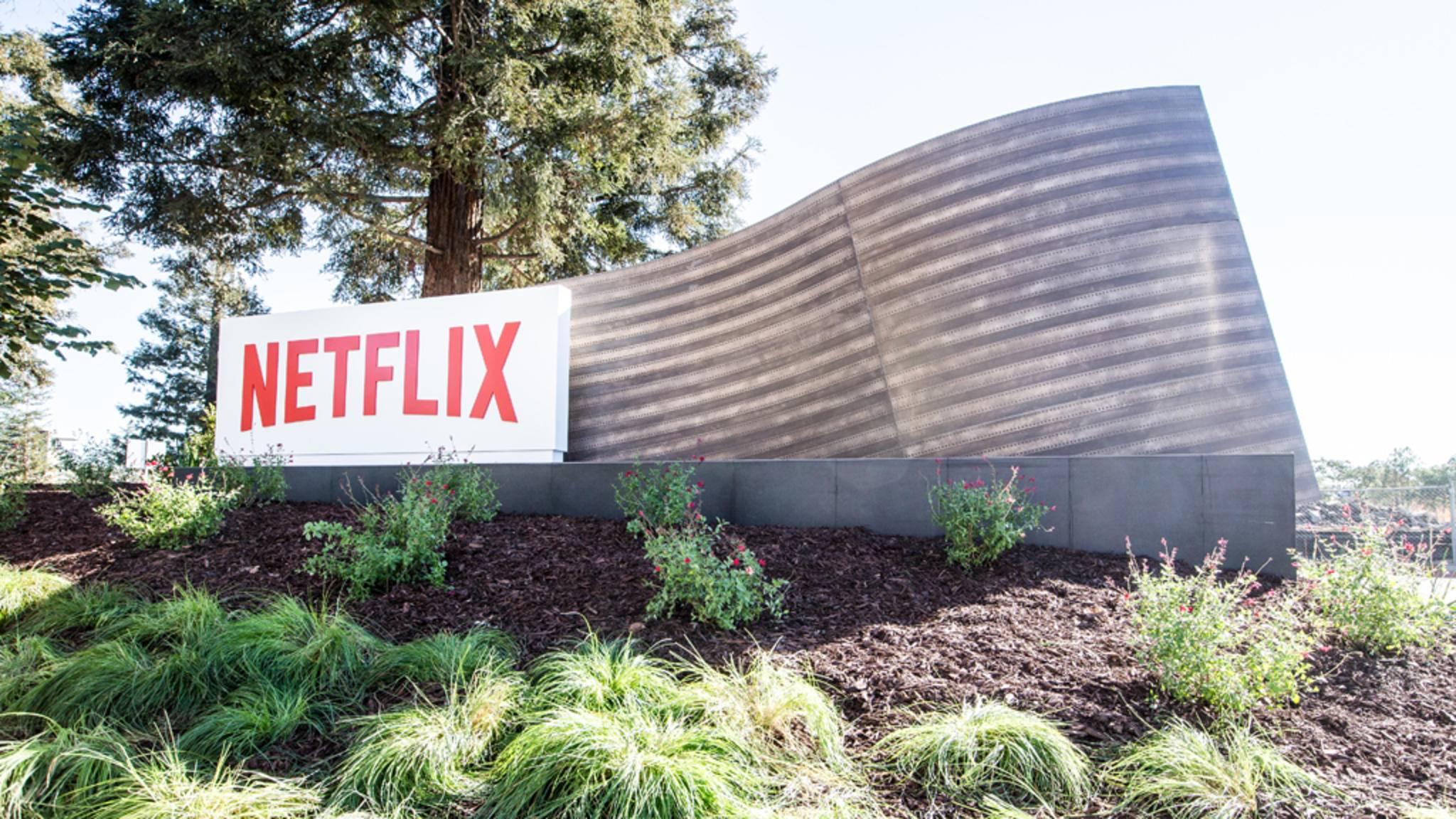 Können wir Netflix-Content möglicherweise bald über den neuen Apple-Dienst gucken?