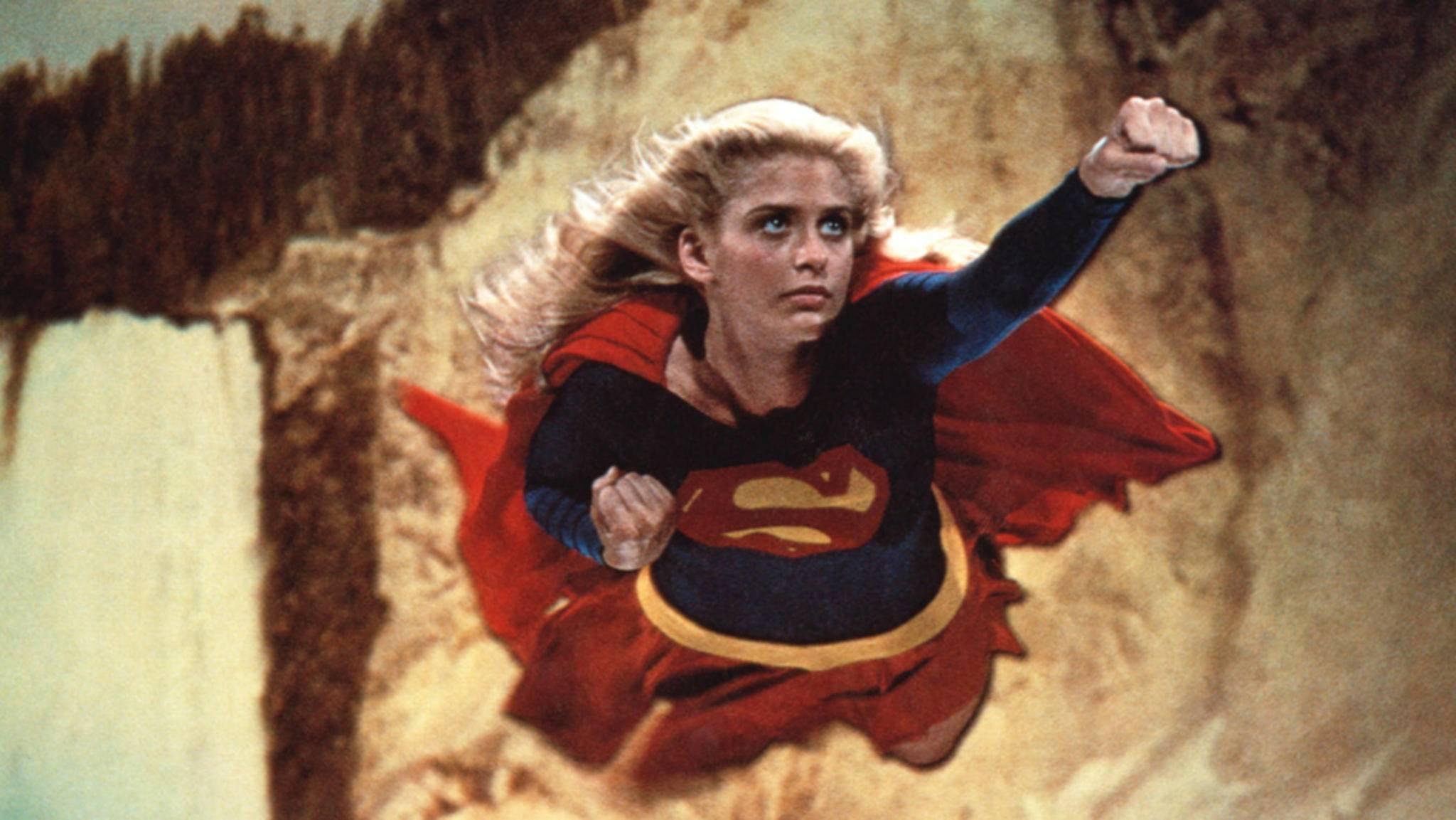 Helen Slater spielte 1984 Supergirl. Wer im neuen Kinofilm als Kara abheben darf, ist noch unklar.