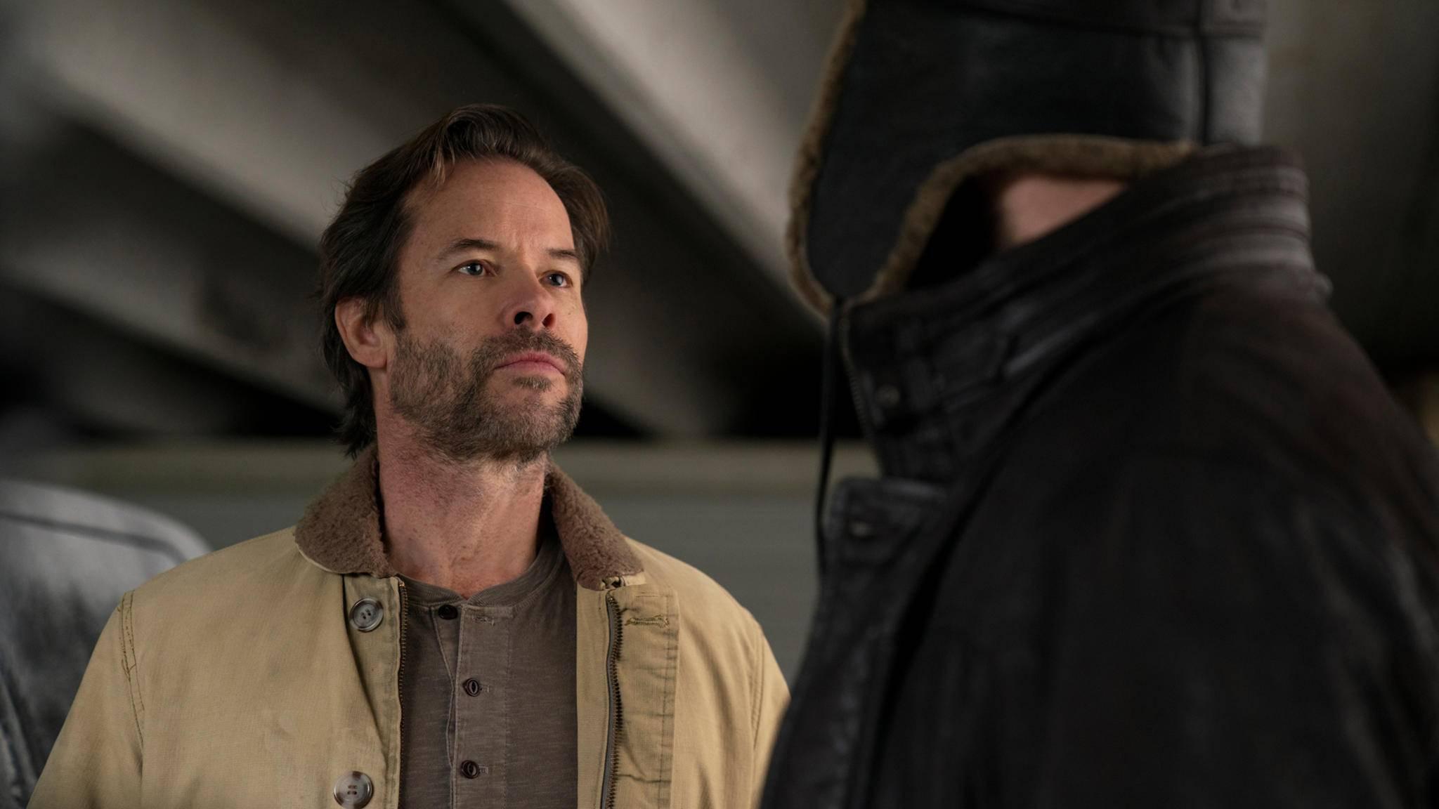"""Guy Pearce wurde von Netflix in Sachen """"Bingewatching"""" streng instruiert."""