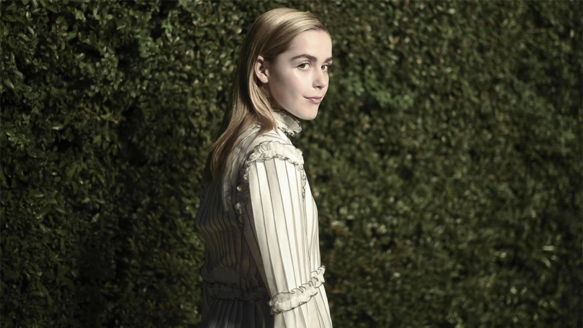 Kiernan Shipka spielt im Reboot die junge Hexe Sabrina Spellman.
