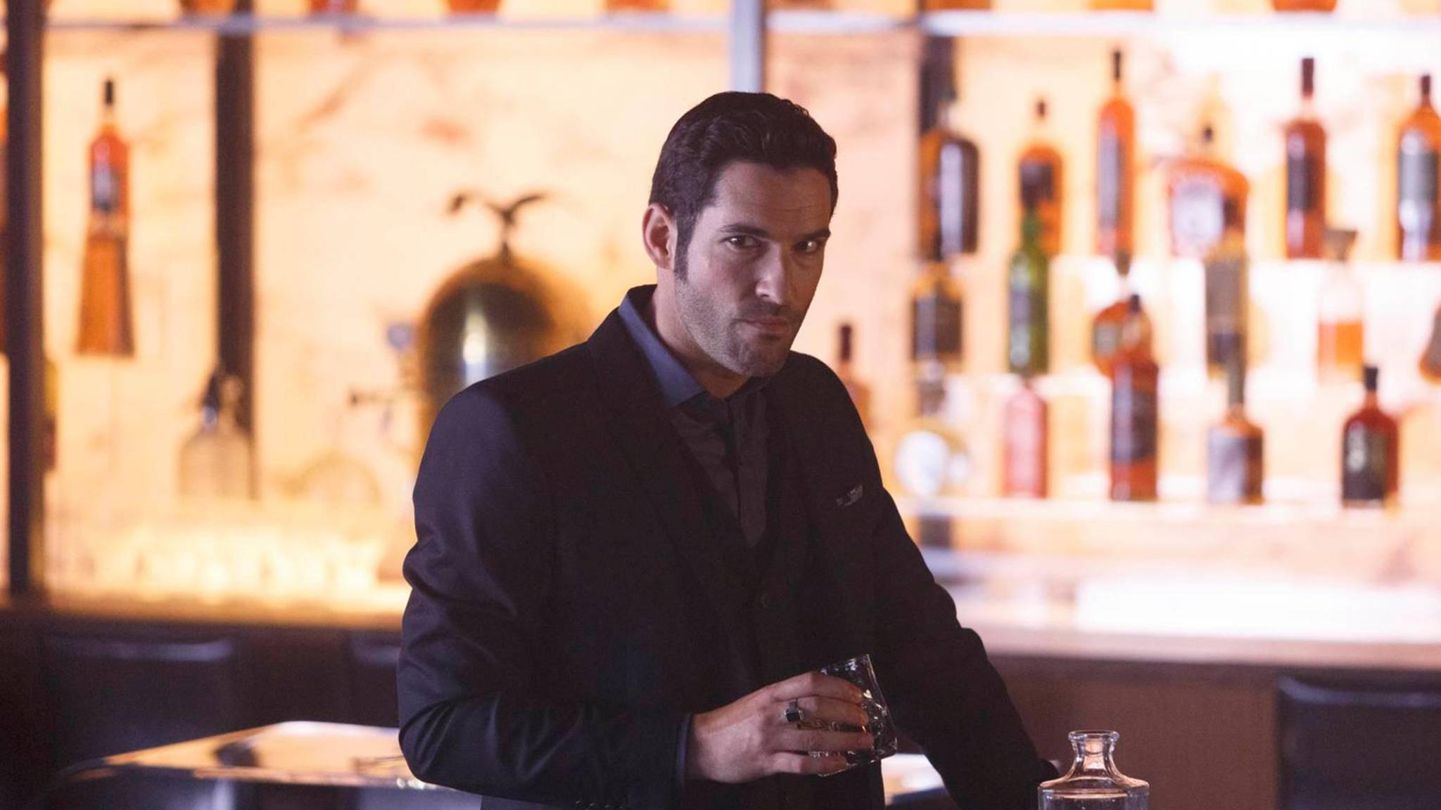 """Darauf erst mal einen Drink: Die Produktion zu """"Lucifer""""-Staffel 4 ist gestartet."""