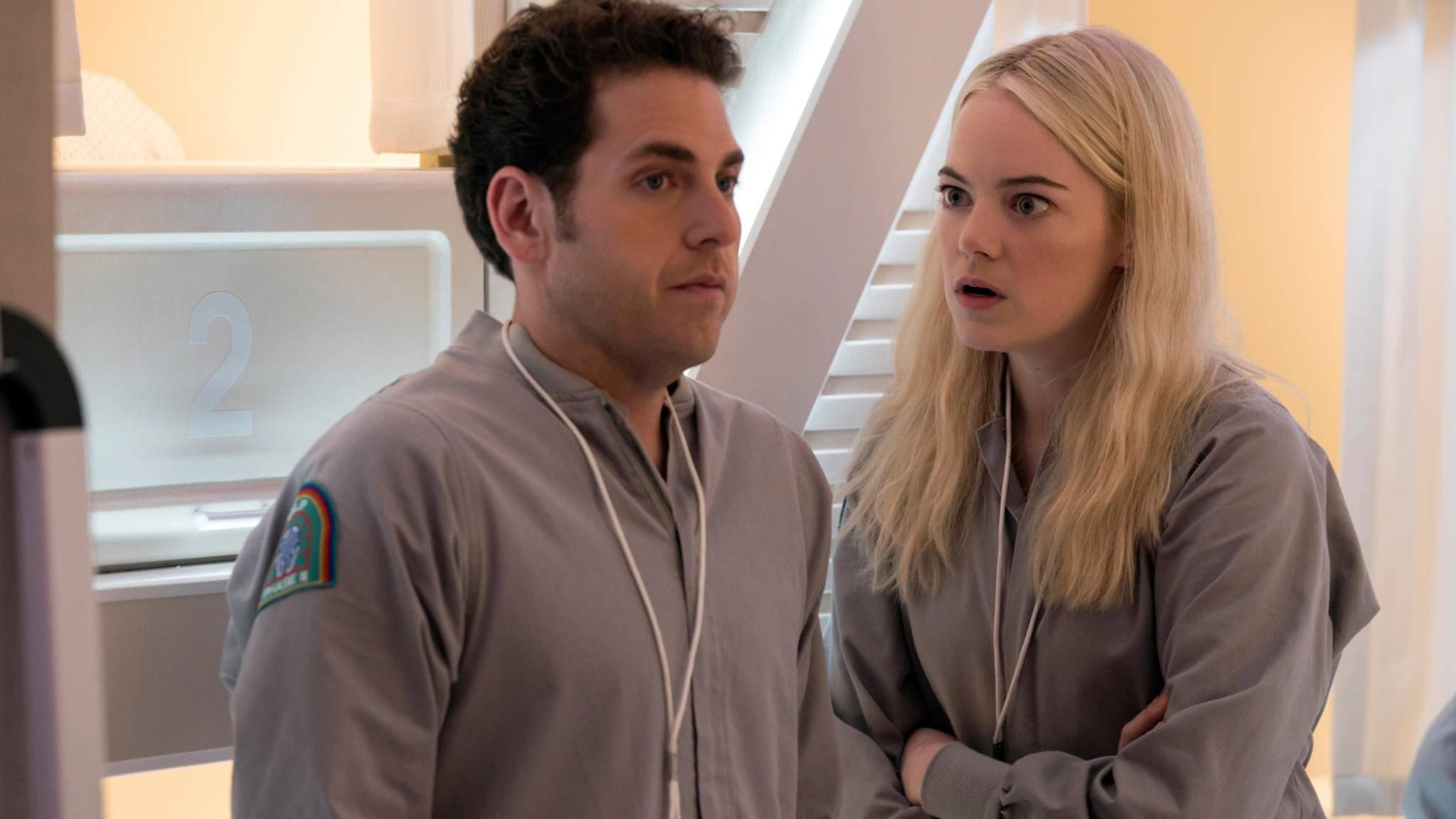 """""""Willst du wirklich nicht mitmachen?"""" Jonah Hill (links) war zuletzt an der Seite von Emma Stone in der Netflix-Serie """"Maniac"""" zu sehen."""