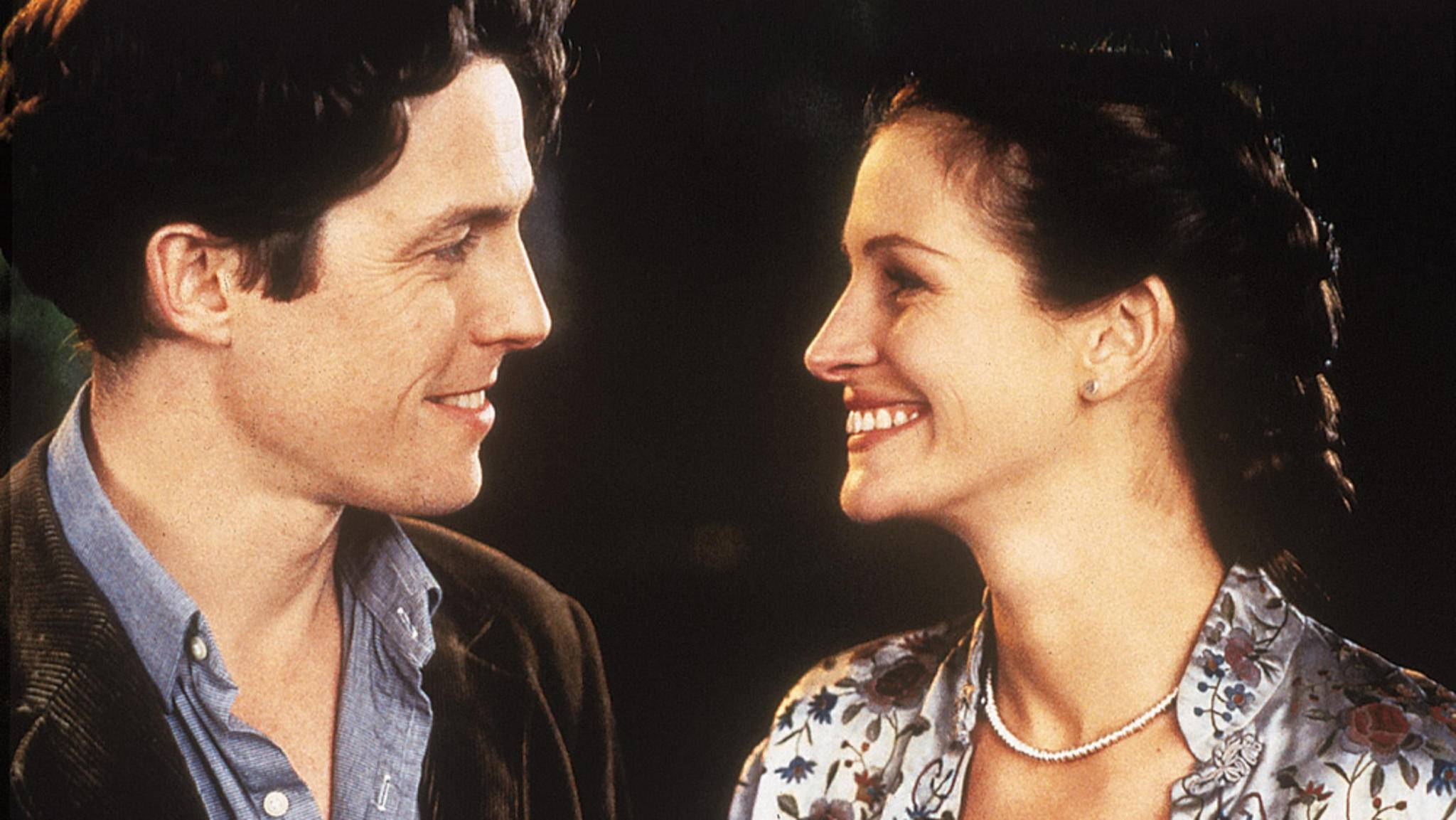 """In """"Notting Hill"""" gibt Julia Roberts den Star, der sich in """"Normalo"""" Hugh Grant verliebt."""