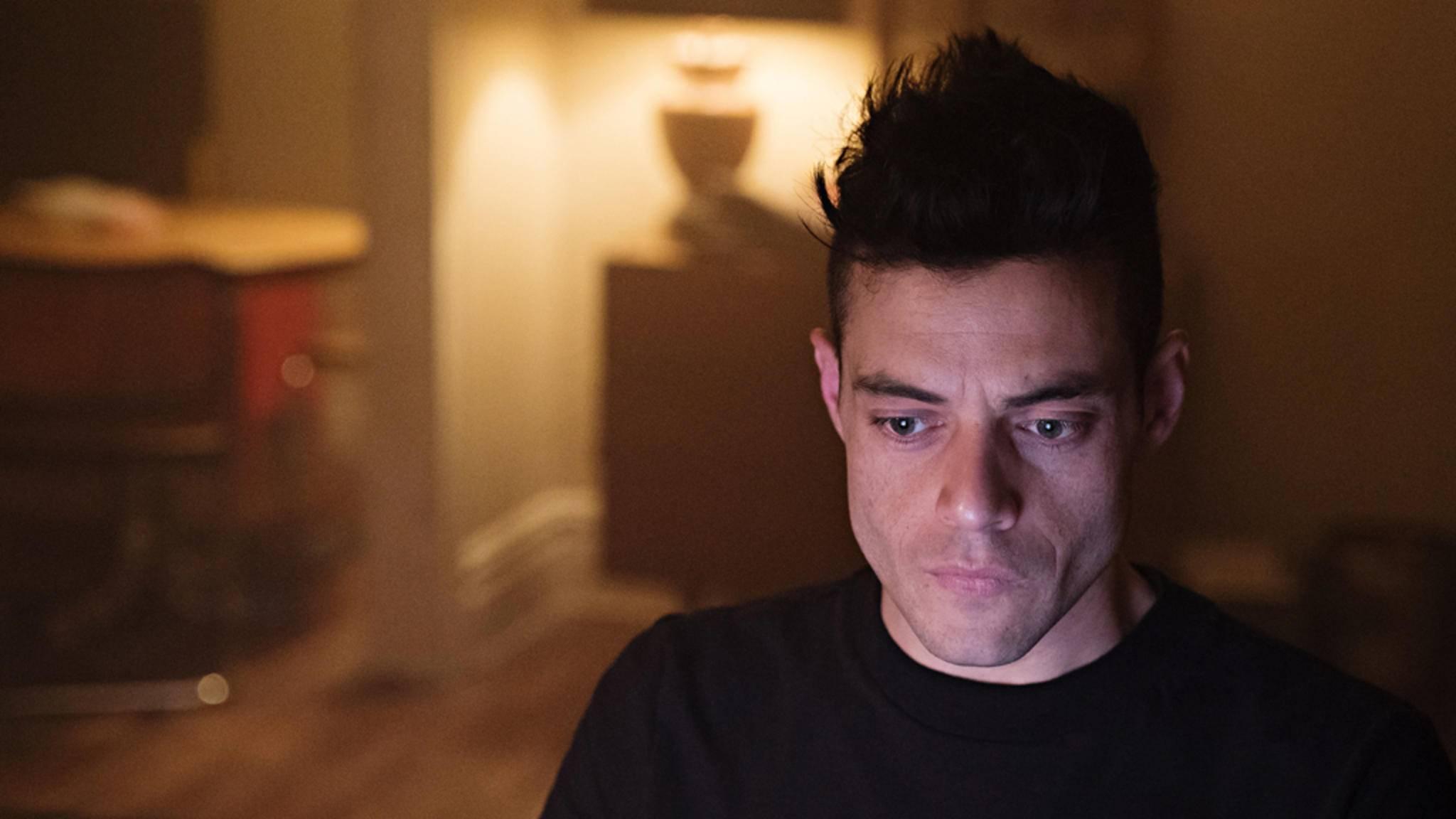 """Noch ein letztes Mal wird Rami Malek zu Elliot – dann wird bei """"Mr. Robot"""" der Stecker gezogen."""