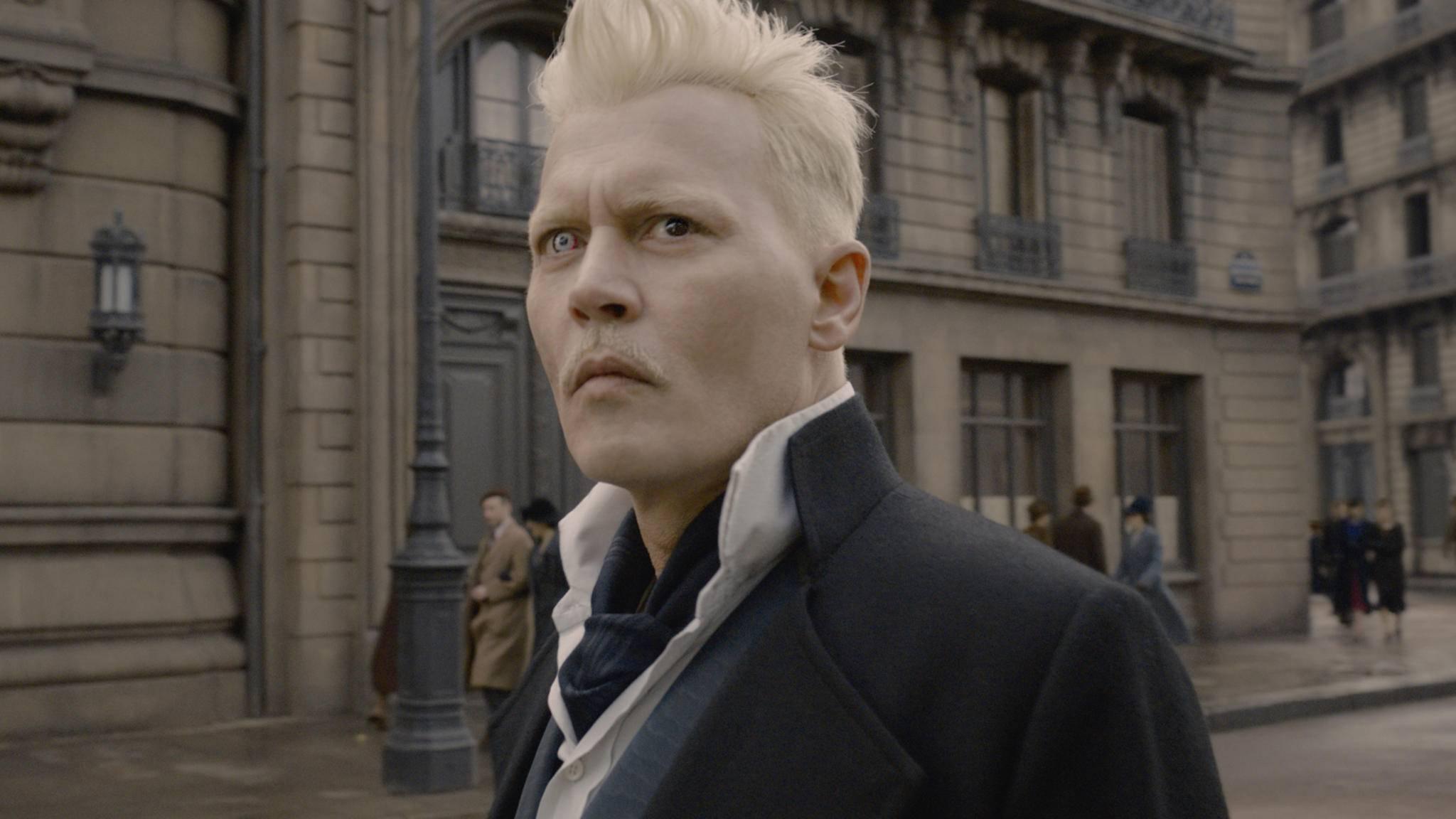 """Gellert Grindelwald (Johnny Depp) wird auch in """"Phantastische Tierwesen 3"""" sein Unwesen treiben."""