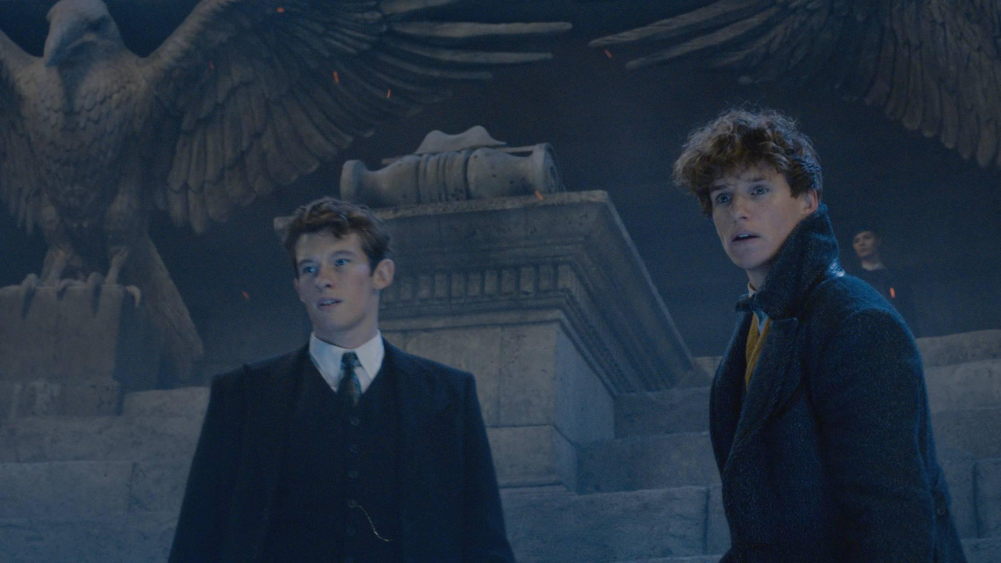 Newt (Eddie Redmayne, rechts) lockt nicht so viele Muggel ins Kino wie erhofft.