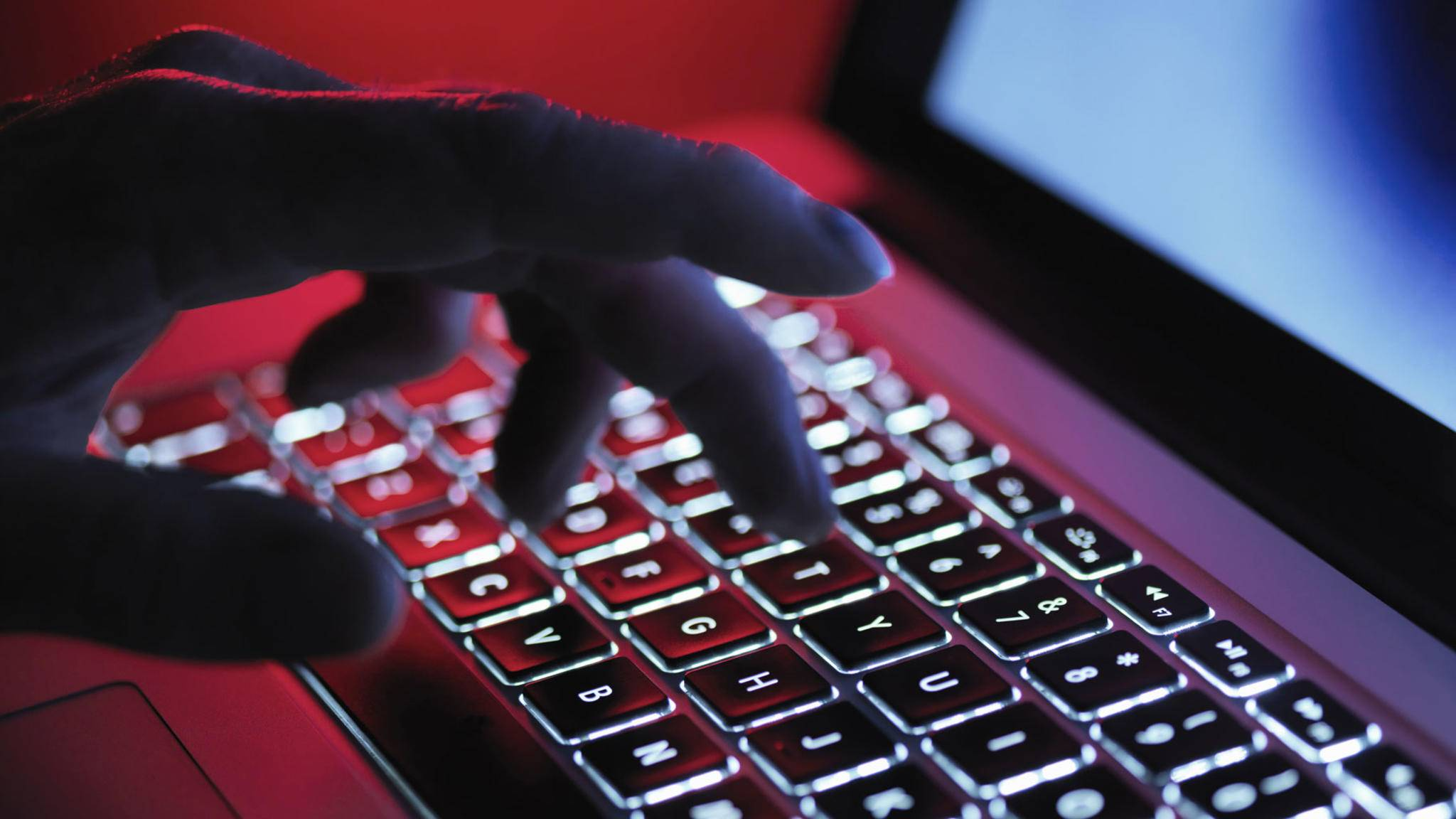 Apples Server sind von einem Teenie in Australien gehackt worden.