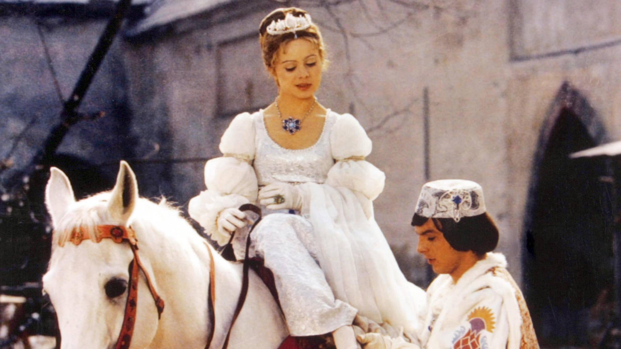 Die Cinderella-Story der DEFA ist fester Bestandteil der DDR-Märchenfilme.