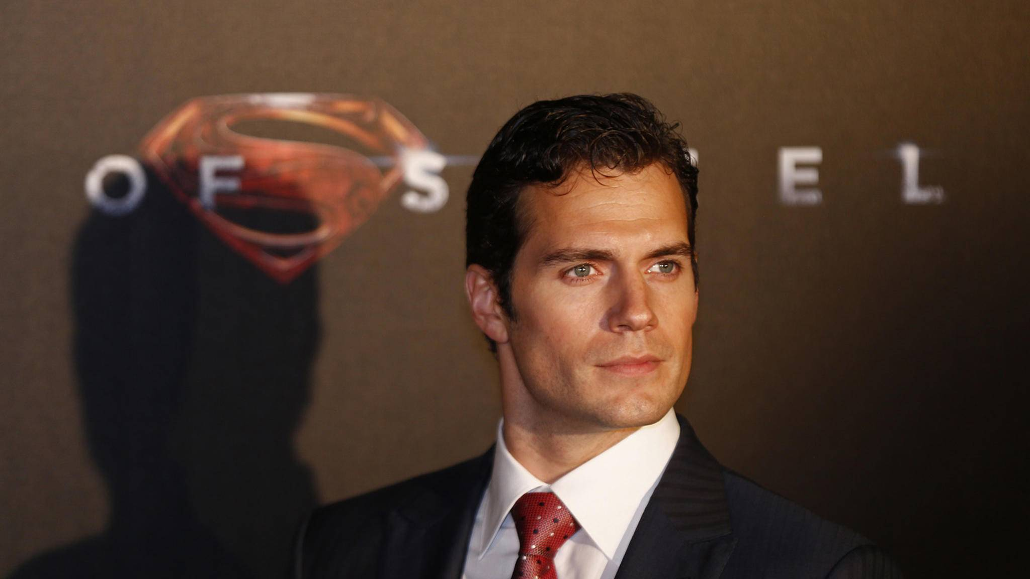 Superman mit Pokerface: Selbst in einem Instagram-Video verriet Henry Cavill nicht, ob die Exit-Gerüchte stimmen. Ist alles nur ein Riesen-Gag?
