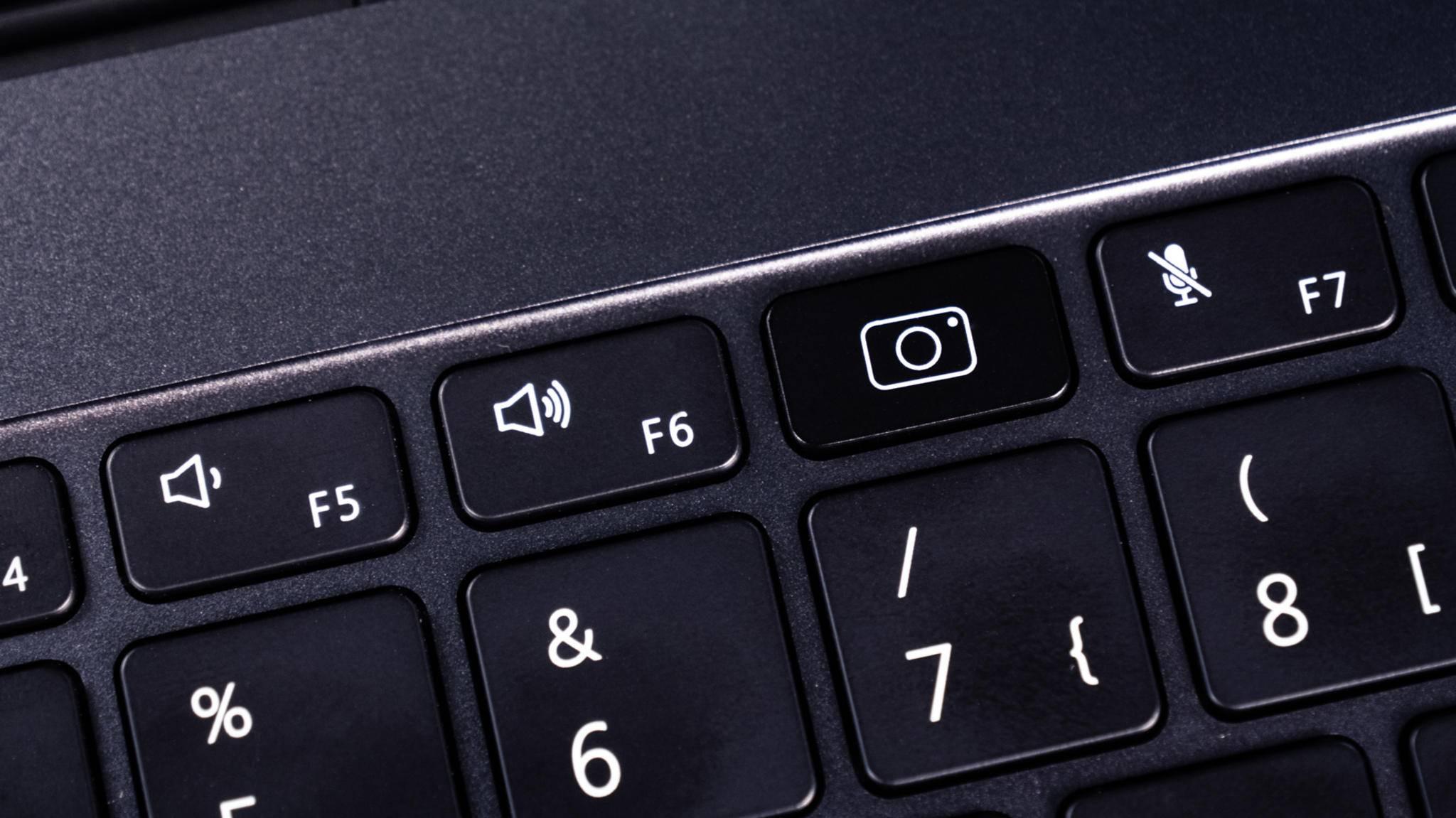 Ungewöhnlicherweise sitzt die Webcam in der Tastatur...