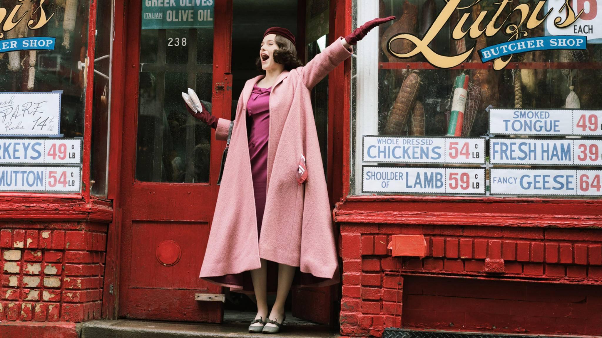 """Definitiv ein Grund zur Freude: """"The Marvelous Mrs. Maisel"""" bekommt eine vierte Staffel."""