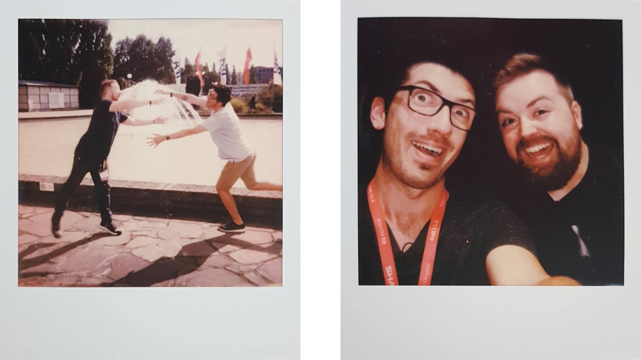 Alex und Jens hatten mit der Polaroid OneStep+ ihren Spaß