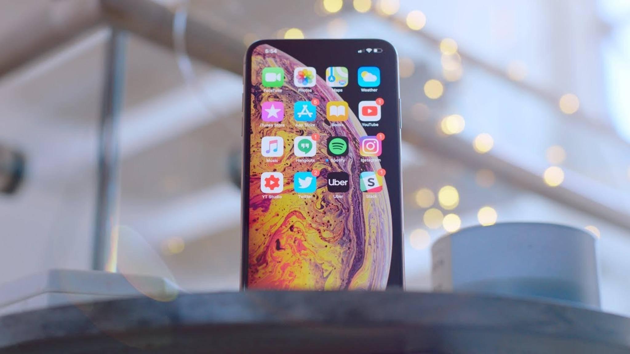 Das iPhone XS und das iPhone XS Max sollen länger als das iPhone X durchhalten.