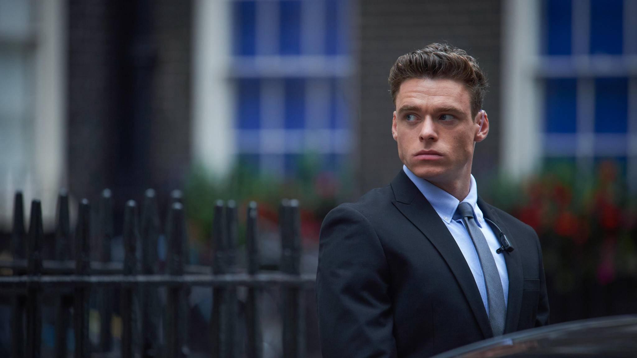 """Richard Madden spielt in der BBC-Serie """"Bodyguard"""" einen Personenschützer."""